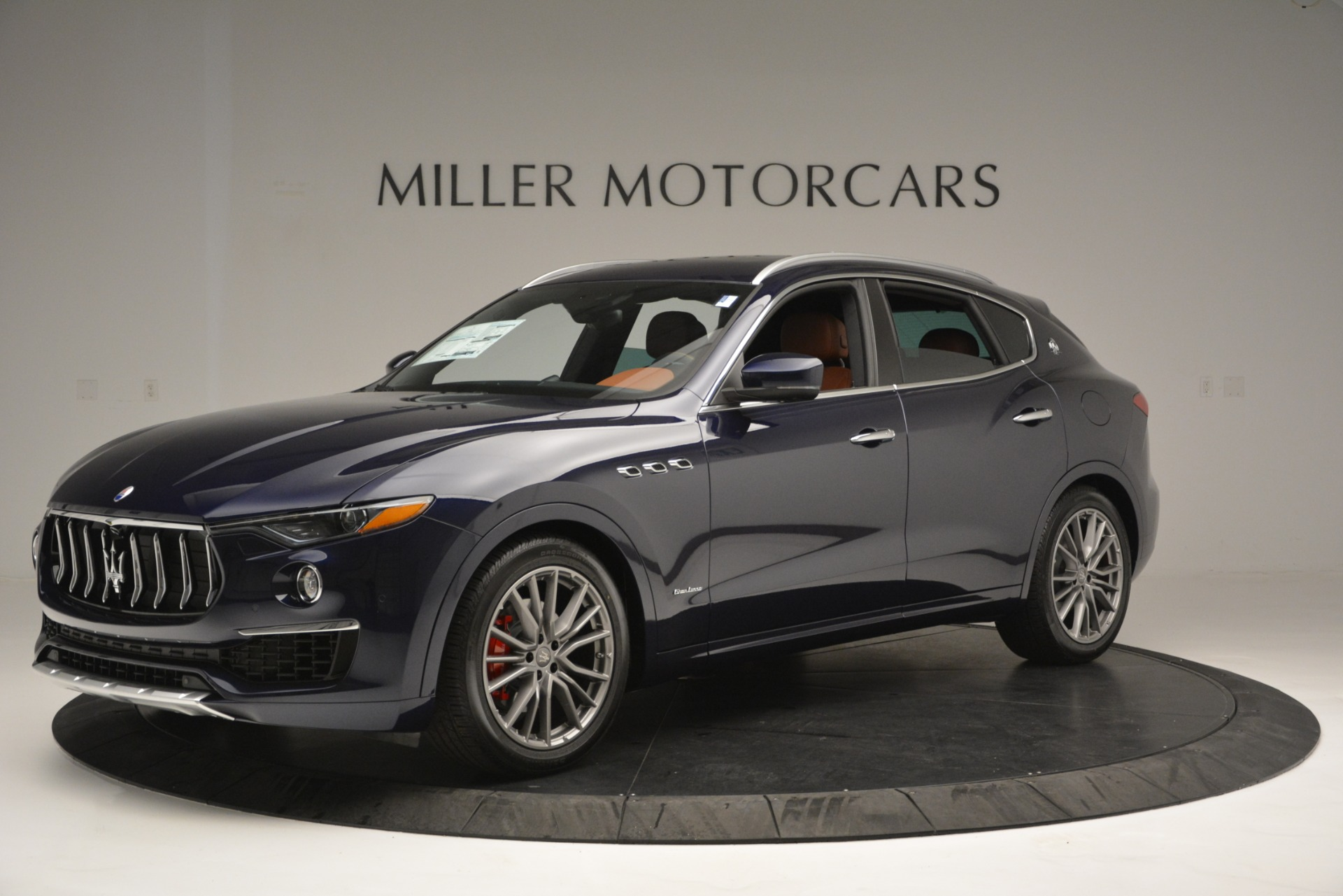 New 2019 Maserati Levante Q4 GranLusso For Sale In Greenwich, CT 2678_p2