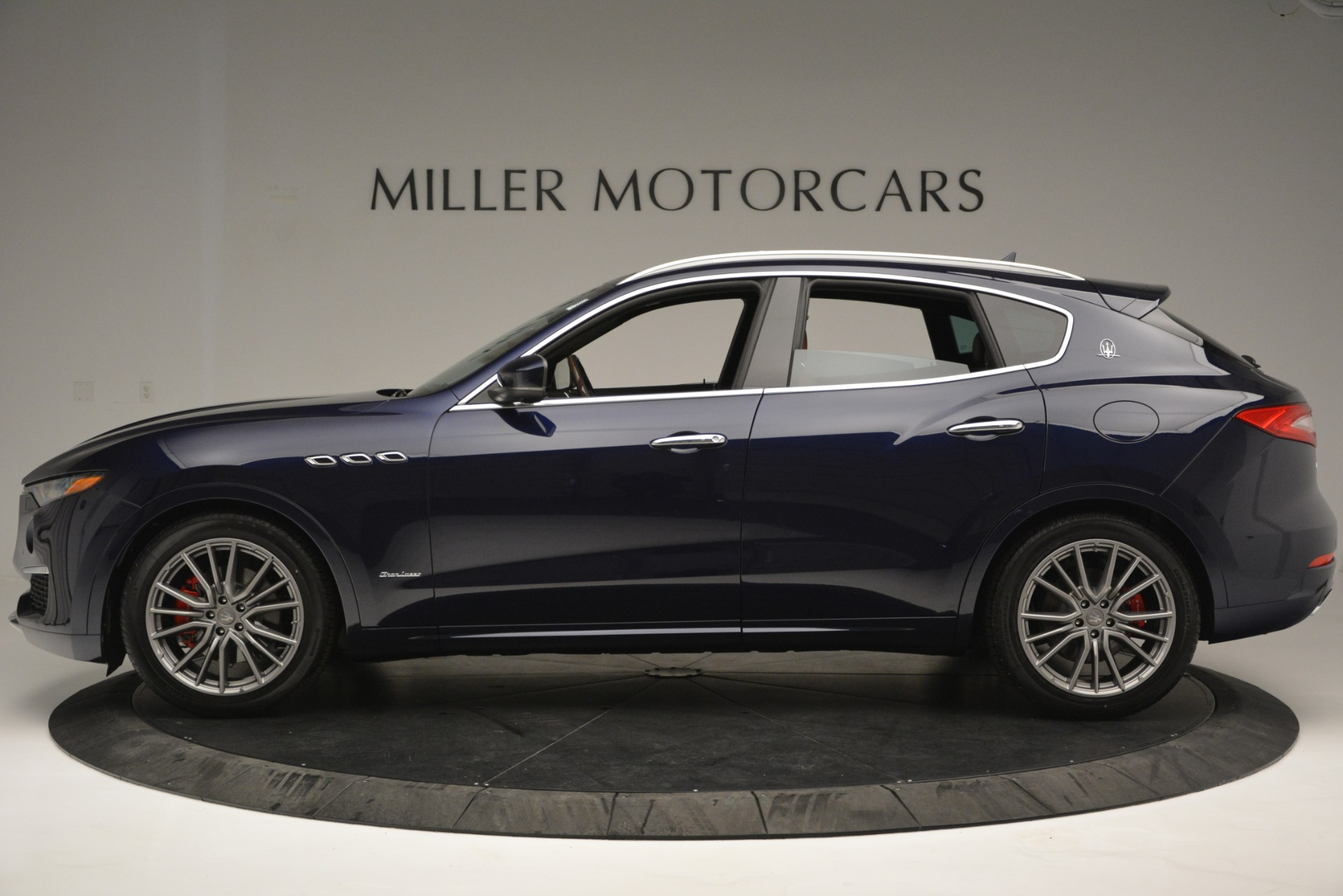 New 2019 Maserati Levante Q4 GranLusso For Sale In Greenwich, CT 2678_p3