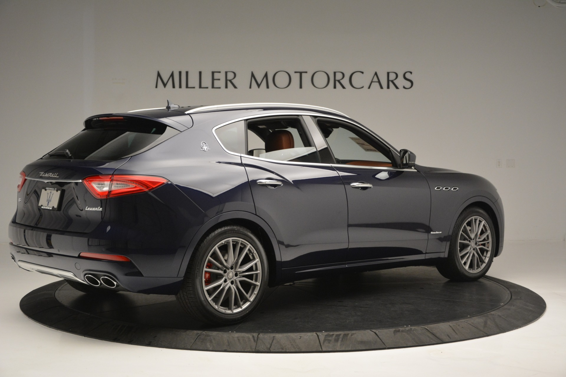 New 2019 Maserati Levante Q4 GranLusso For Sale In Greenwich, CT 2678_p8