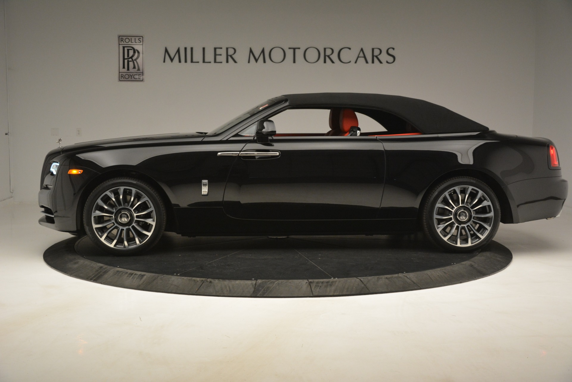 New 2019 Rolls-Royce Dawn  For Sale In Greenwich, CT 2681_p18