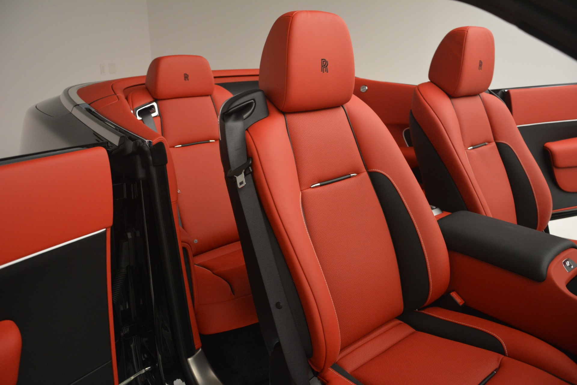 New 2019 Rolls-Royce Dawn  For Sale In Greenwich, CT 2681_p30