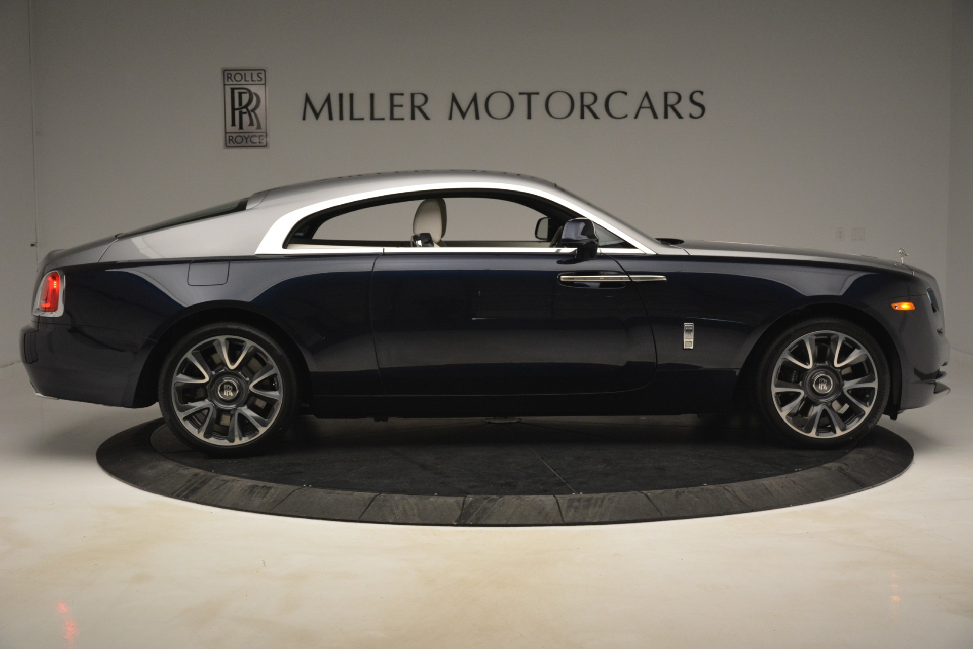 New 2019 Rolls-Royce Wraith  For Sale In Greenwich, CT 2686_p10