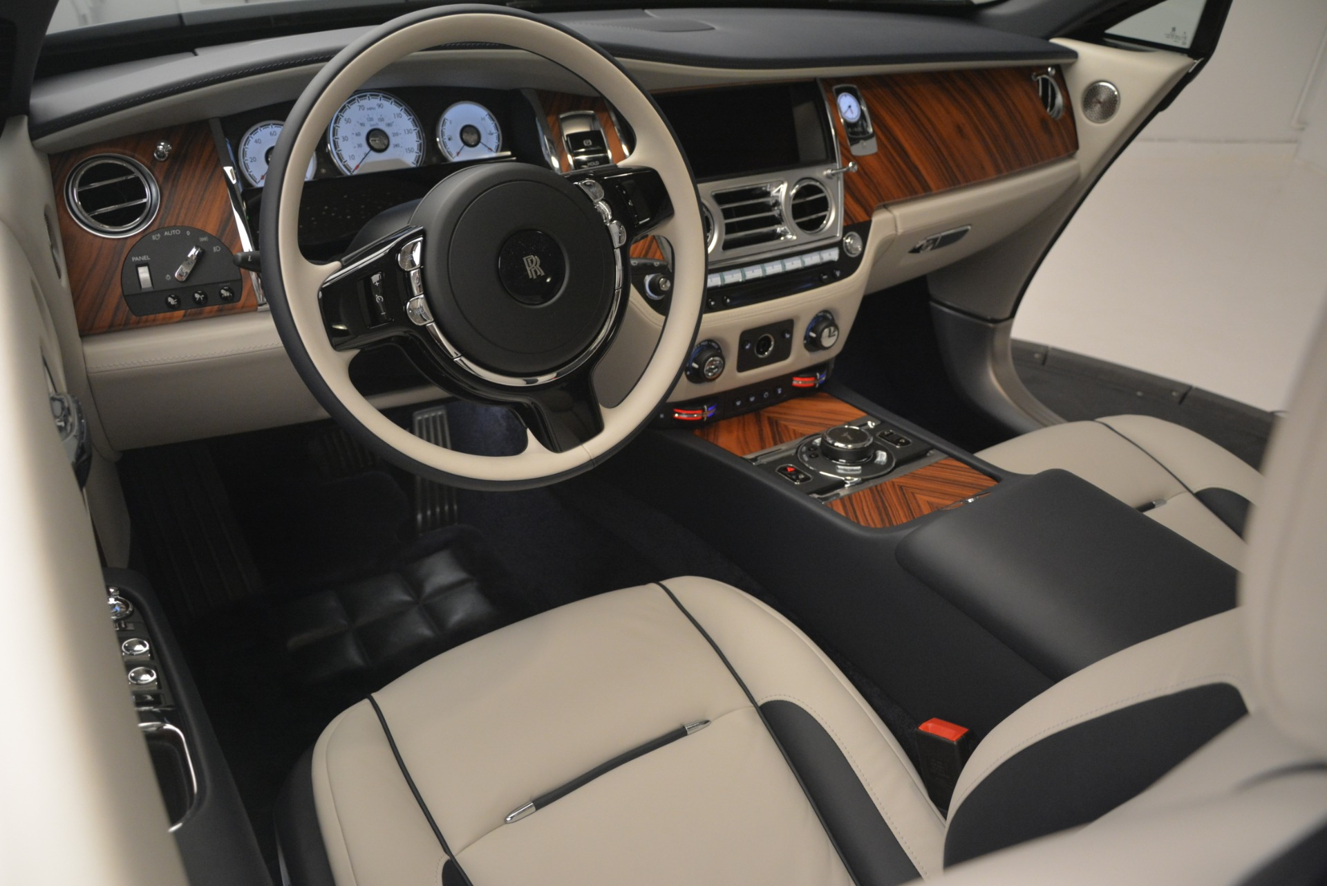 New 2019 Rolls-Royce Wraith  For Sale In Greenwich, CT 2686_p29