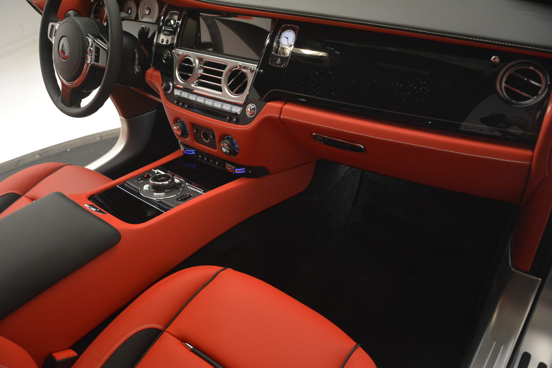 New 2019 Rolls-Royce Wraith  For Sale In Greenwich, CT 2687_p26