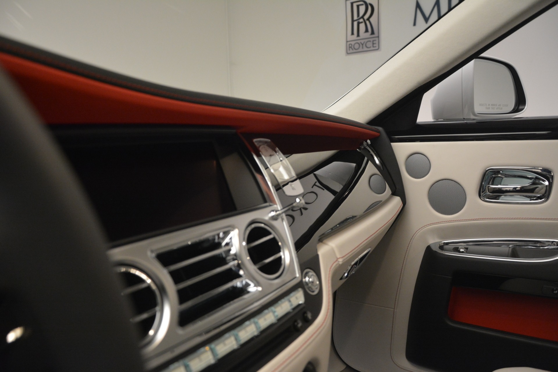 New 2019 Rolls-Royce Ghost  For Sale In Greenwich, CT 2690_p17
