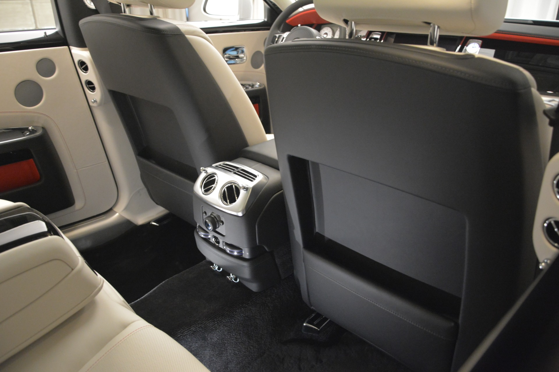 New 2019 Rolls-Royce Ghost  For Sale In Greenwich, CT 2690_p25