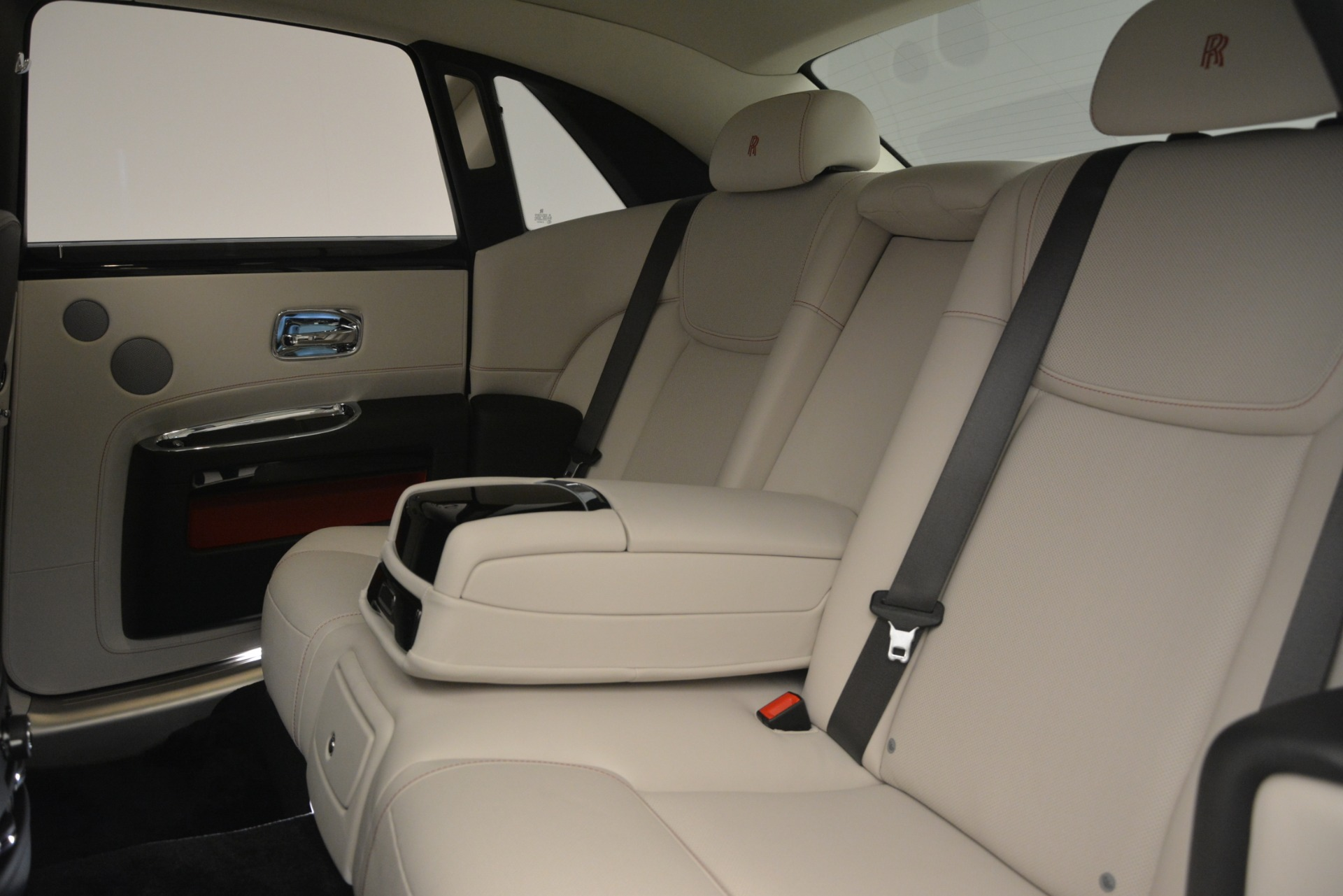 New 2019 Rolls-Royce Ghost  For Sale In Greenwich, CT 2690_p26
