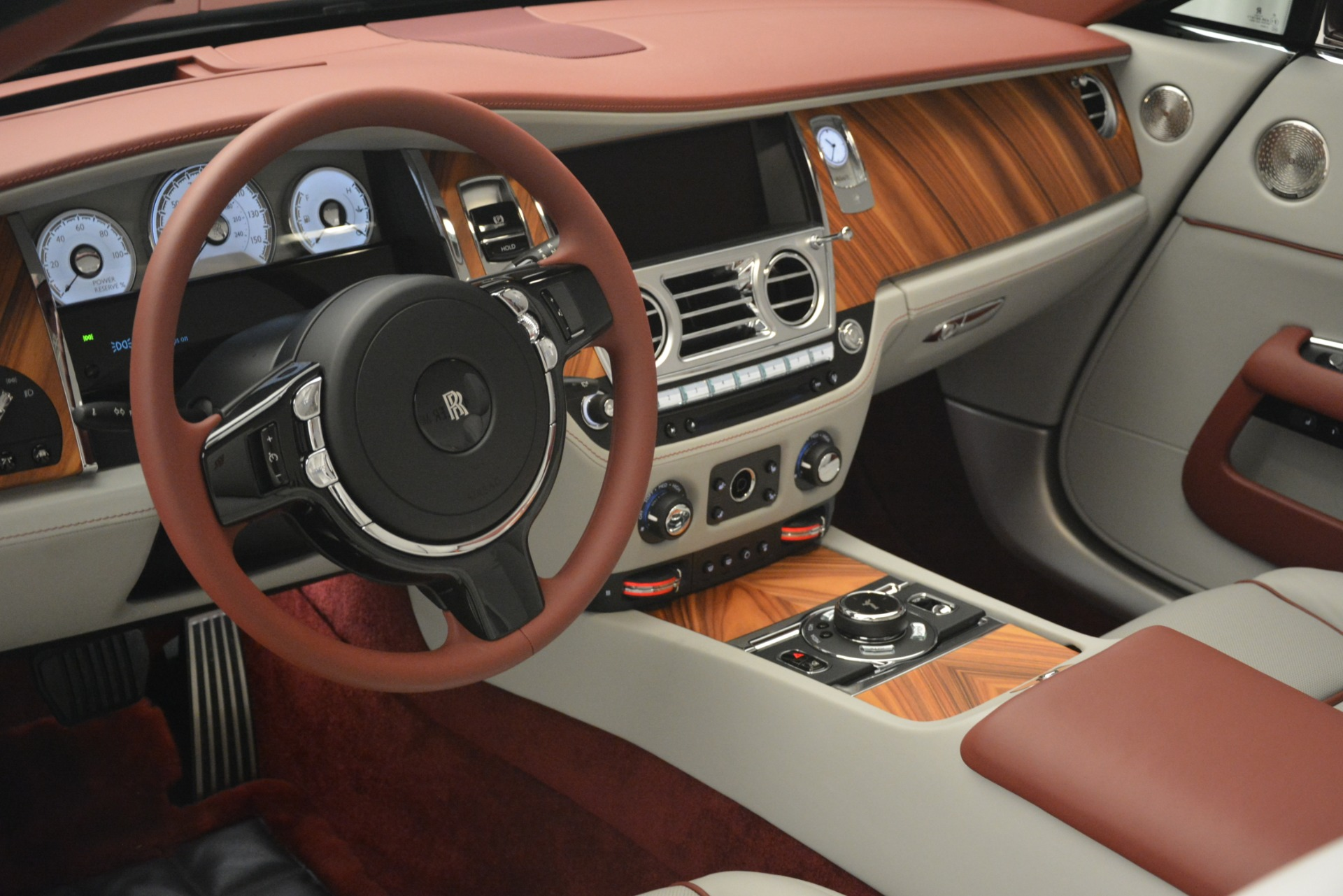 Used 2019 Rolls-Royce Dawn  For Sale In Greenwich, CT 2692_p32