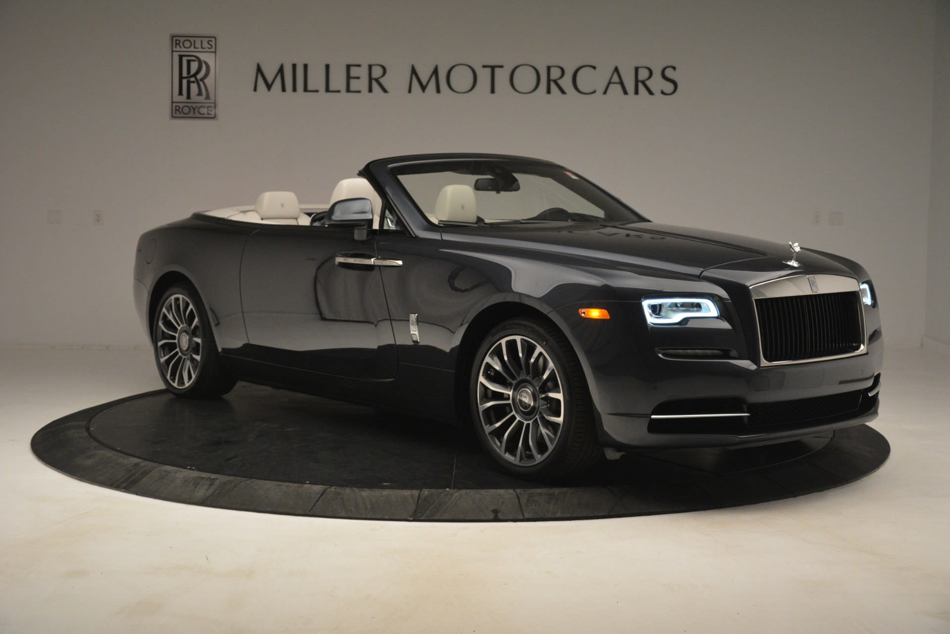 New 2019 Rolls-Royce Dawn  For Sale In Greenwich, CT 2694_p13