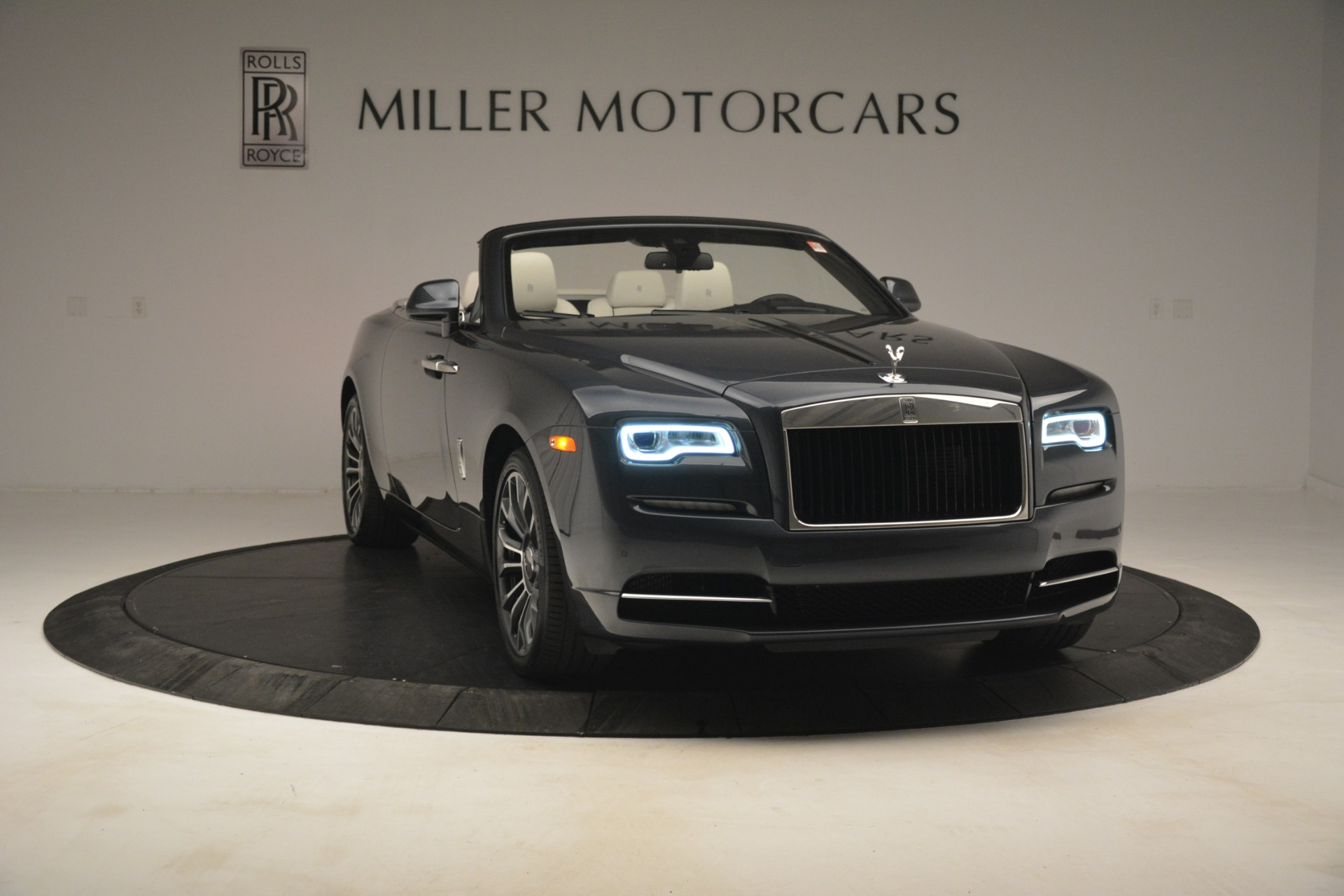New 2019 Rolls-Royce Dawn  For Sale In Greenwich, CT 2694_p14