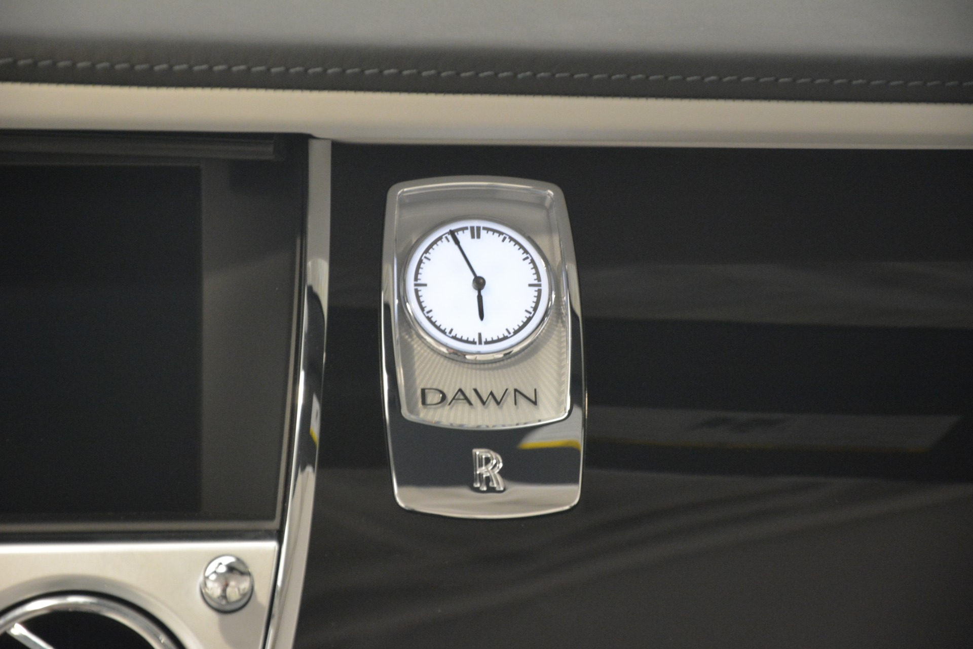 New 2019 Rolls-Royce Dawn  For Sale In Greenwich, CT 2694_p29