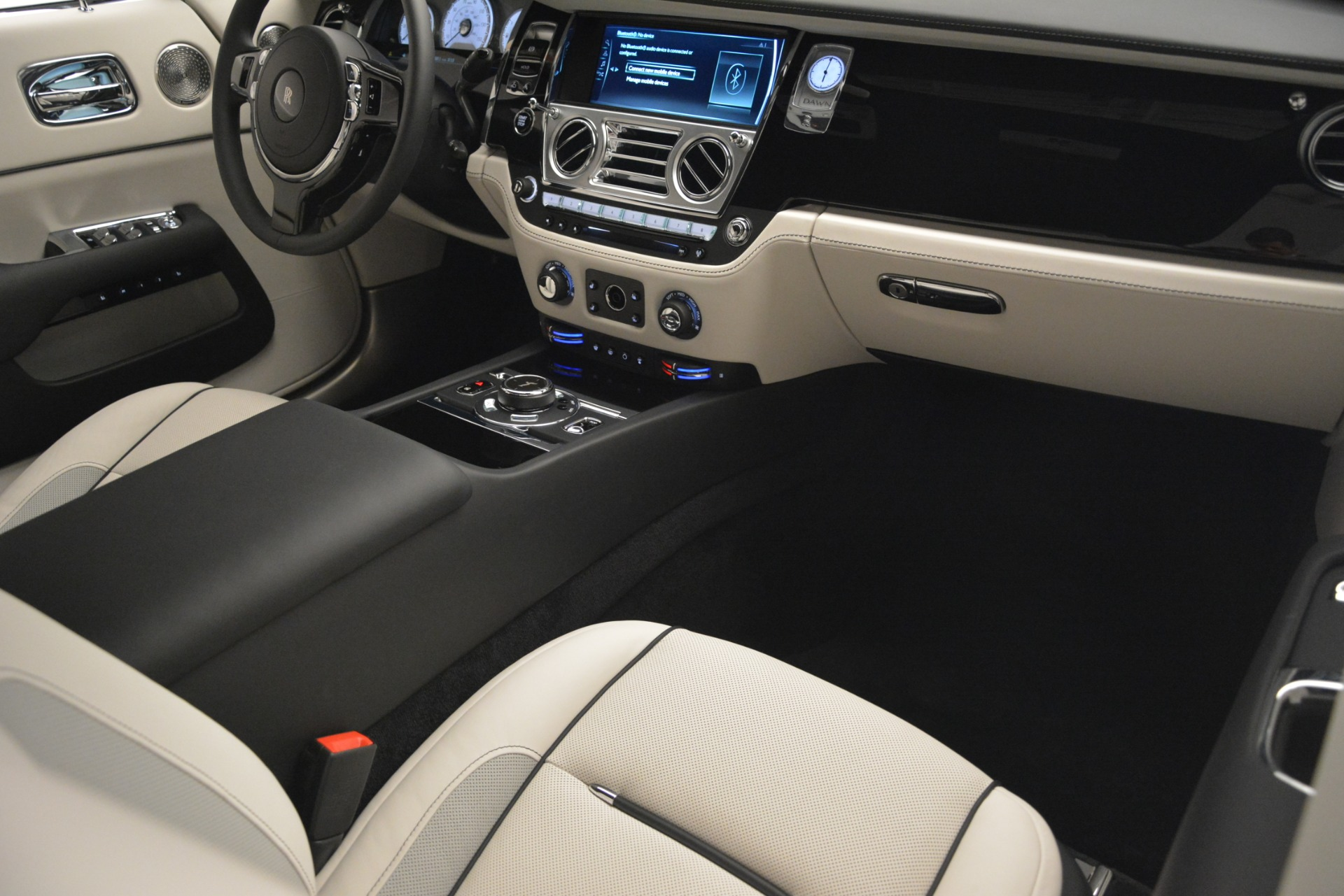 New 2019 Rolls-Royce Dawn  For Sale In Greenwich, CT 2694_p36