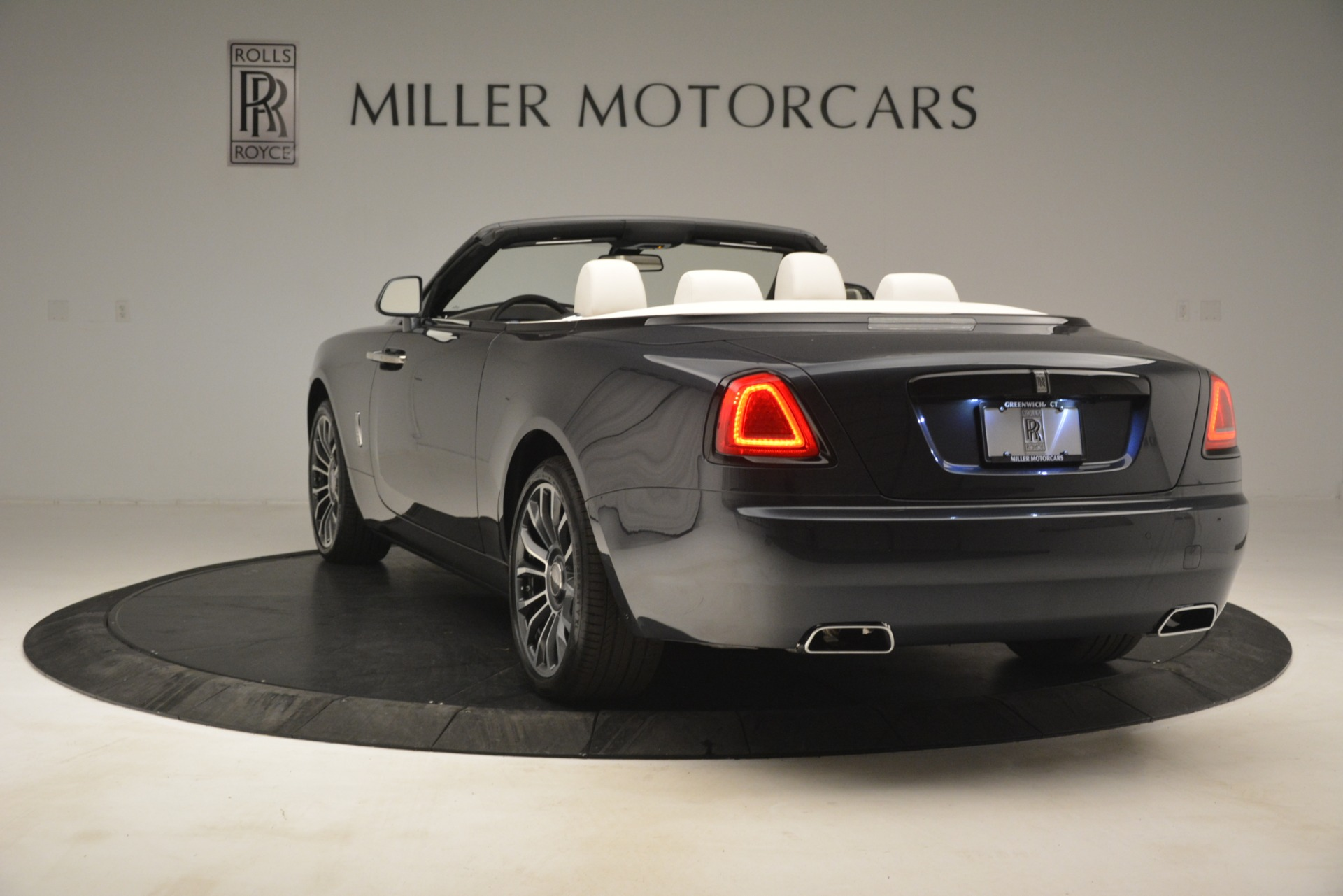 New 2019 Rolls-Royce Dawn  For Sale In Greenwich, CT 2694_p7