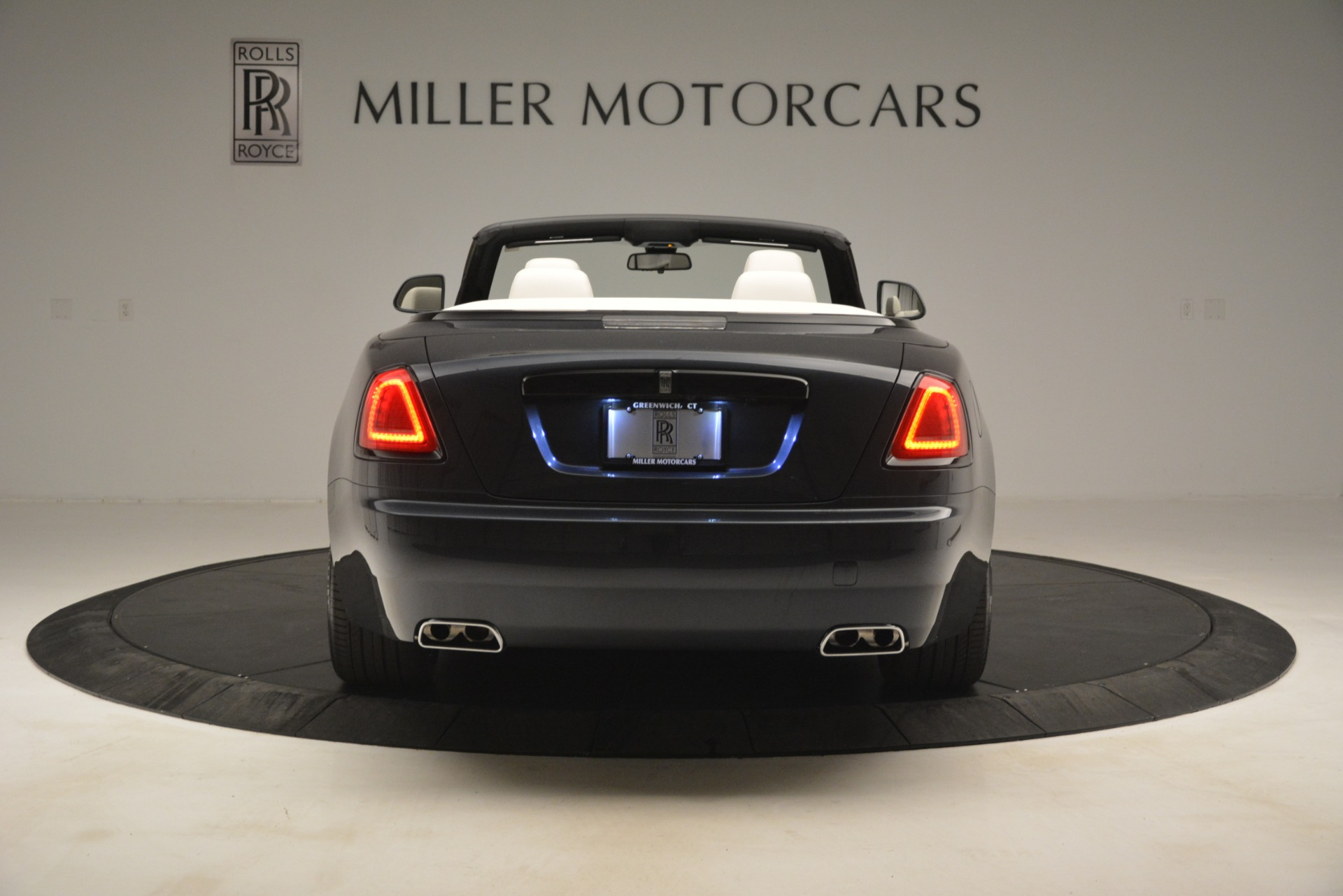 New 2019 Rolls-Royce Dawn  For Sale In Greenwich, CT 2694_p8