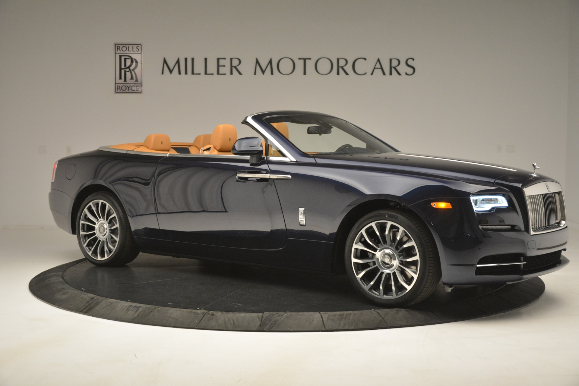 New 2019 Rolls-Royce Dawn  For Sale In Greenwich, CT 2698_p13