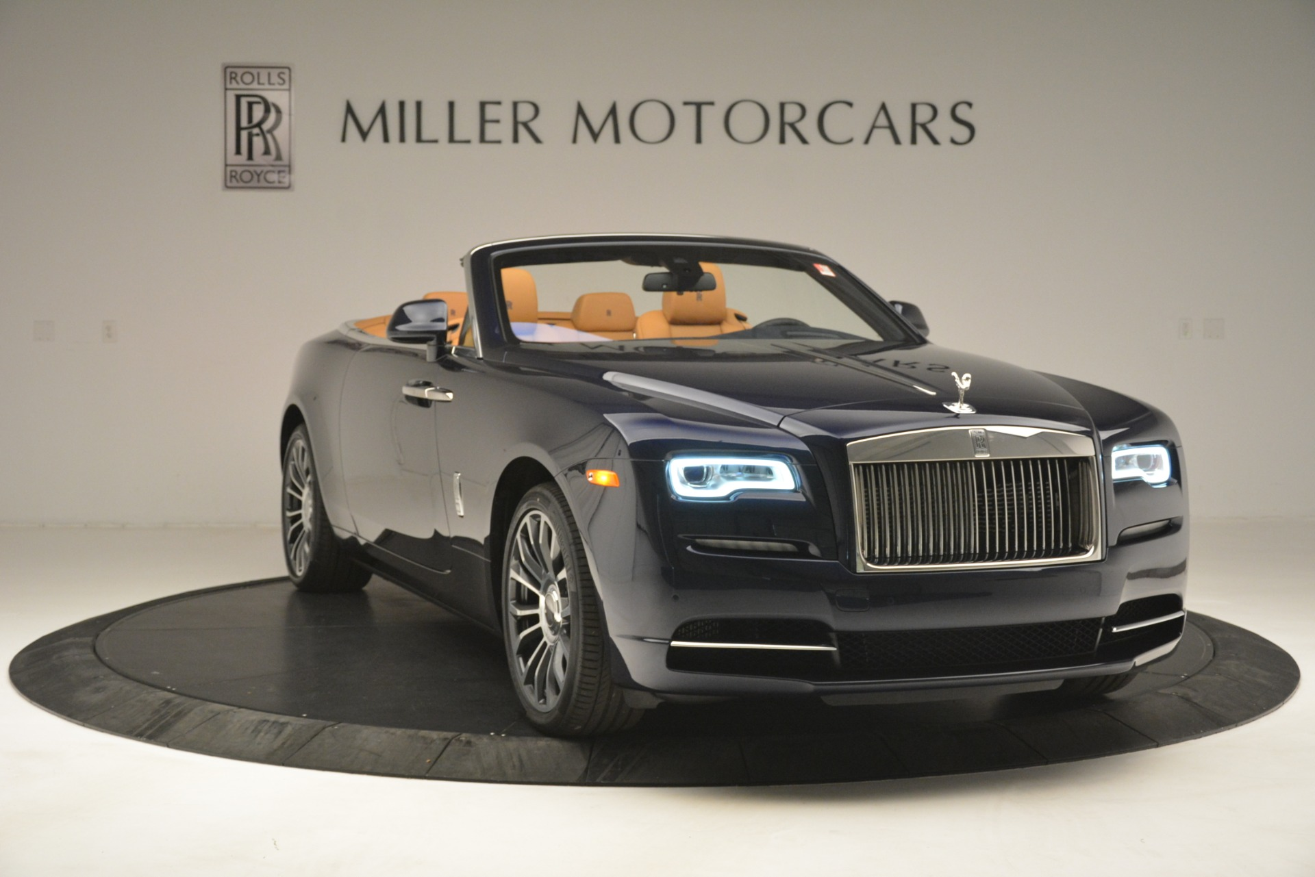 New 2019 Rolls-Royce Dawn  For Sale In Greenwich, CT 2698_p15