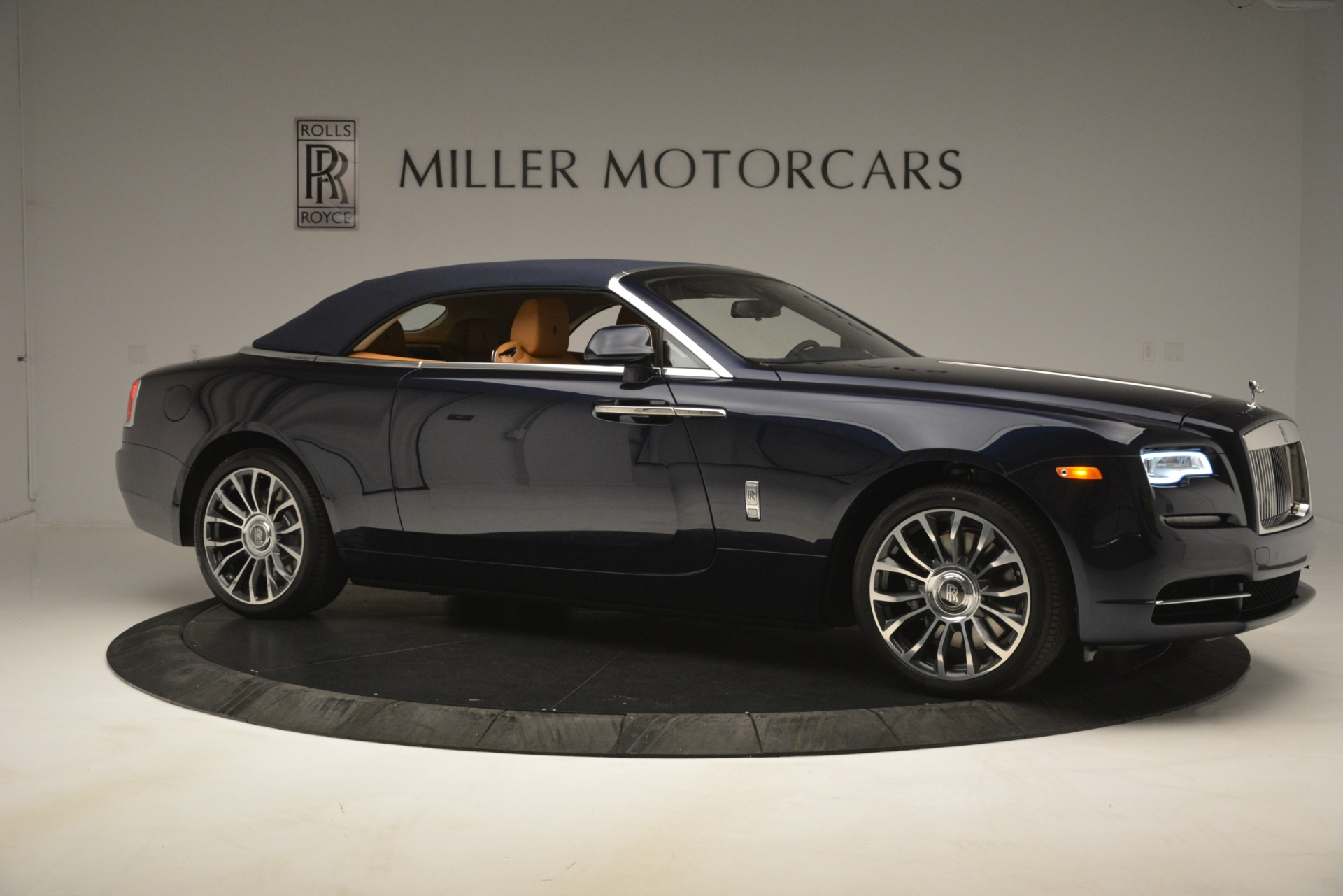 New 2019 Rolls-Royce Dawn  For Sale In Greenwich, CT 2698_p27