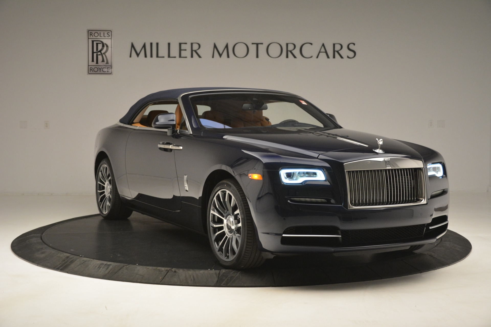 New 2019 Rolls-Royce Dawn  For Sale In Greenwich, CT 2698_p29