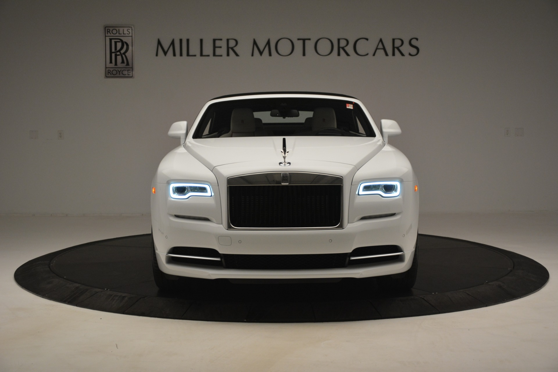 New 2019 Rolls-Royce Dawn  For Sale In Greenwich, CT 2699_p16