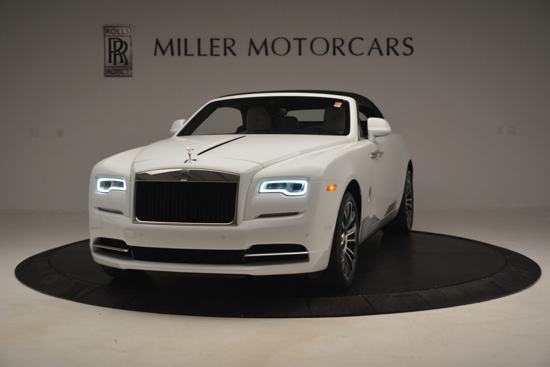 New 2019 Rolls-Royce Dawn  For Sale In Greenwich, CT 2699_p17