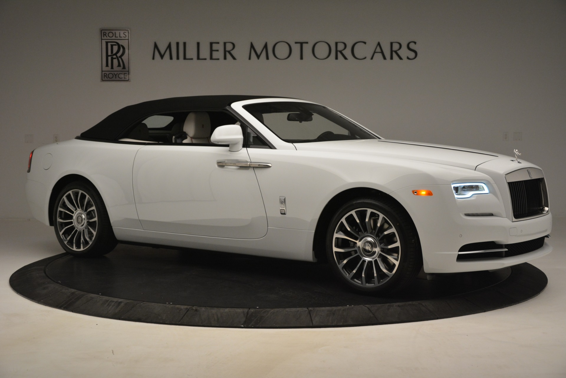 New 2019 Rolls-Royce Dawn  For Sale In Greenwich, CT 2699_p27