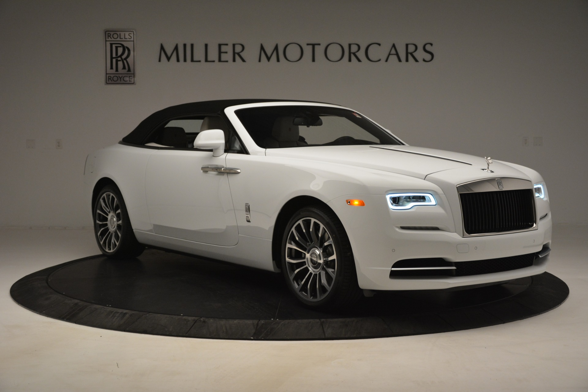 New 2019 Rolls-Royce Dawn  For Sale In Greenwich, CT 2699_p28