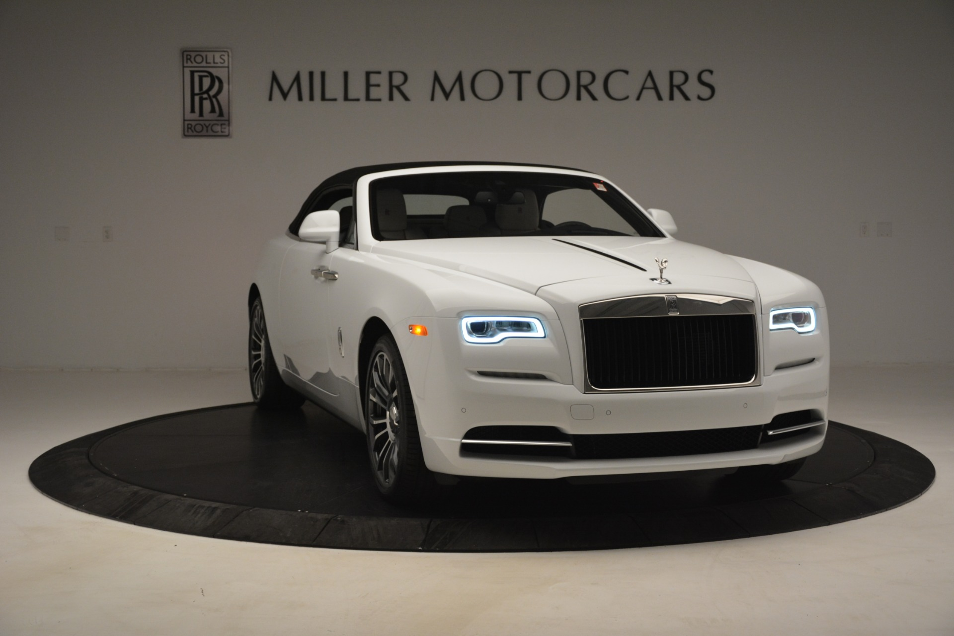 New 2019 Rolls-Royce Dawn  For Sale In Greenwich, CT 2699_p29
