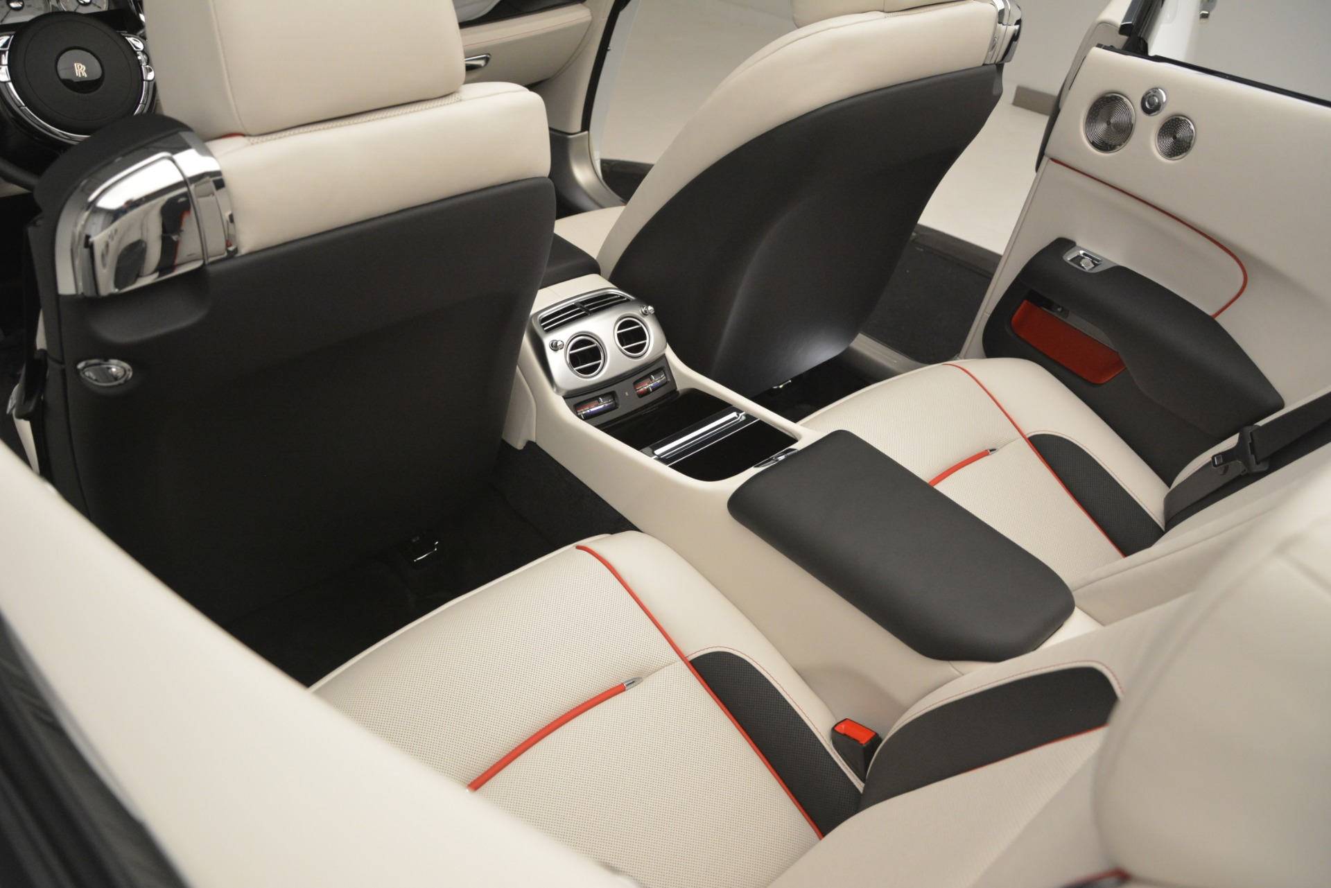 New 2019 Rolls-Royce Dawn  For Sale In Greenwich, CT 2699_p47