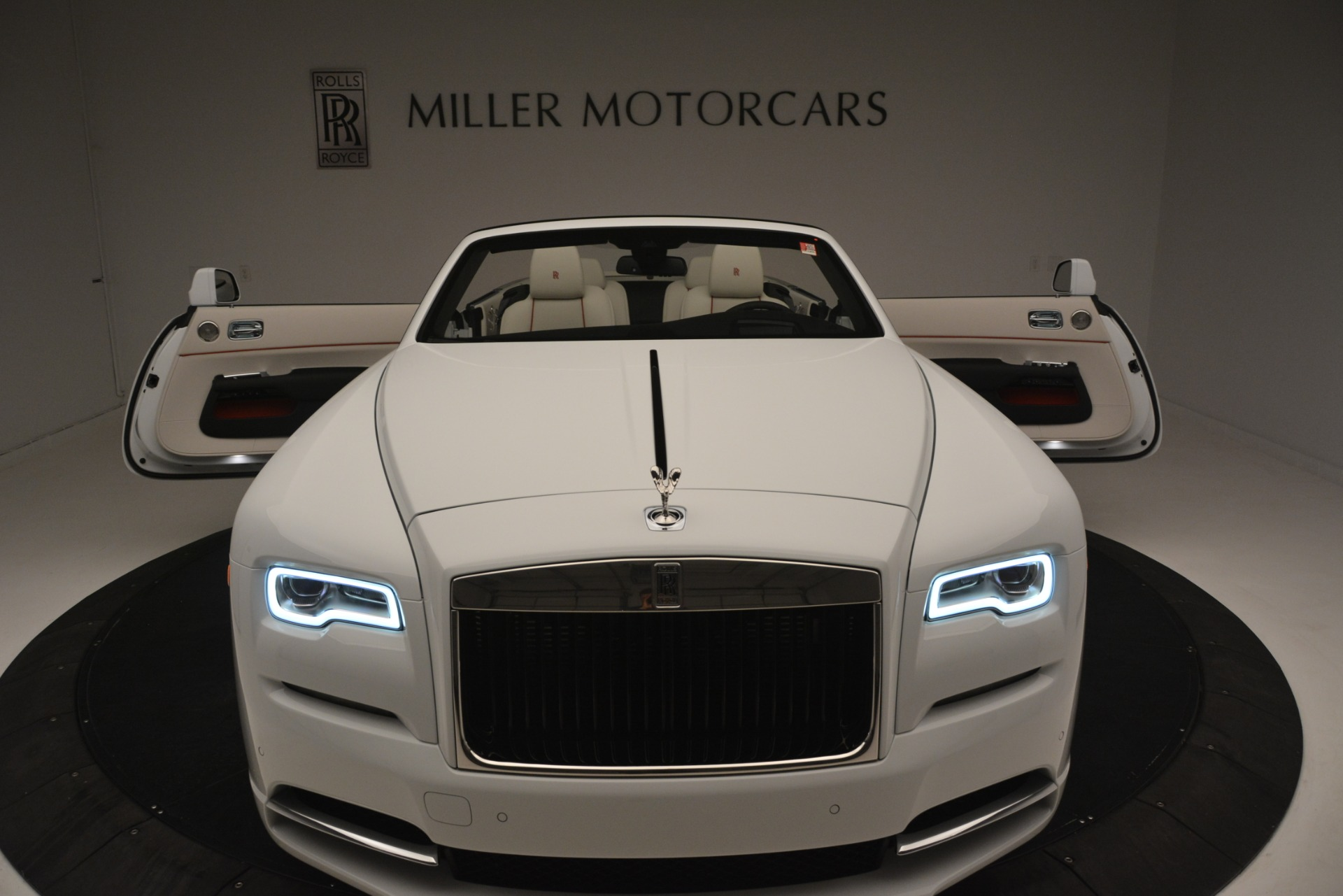 New 2019 Rolls-Royce Dawn  For Sale In Greenwich, CT 2699_p51