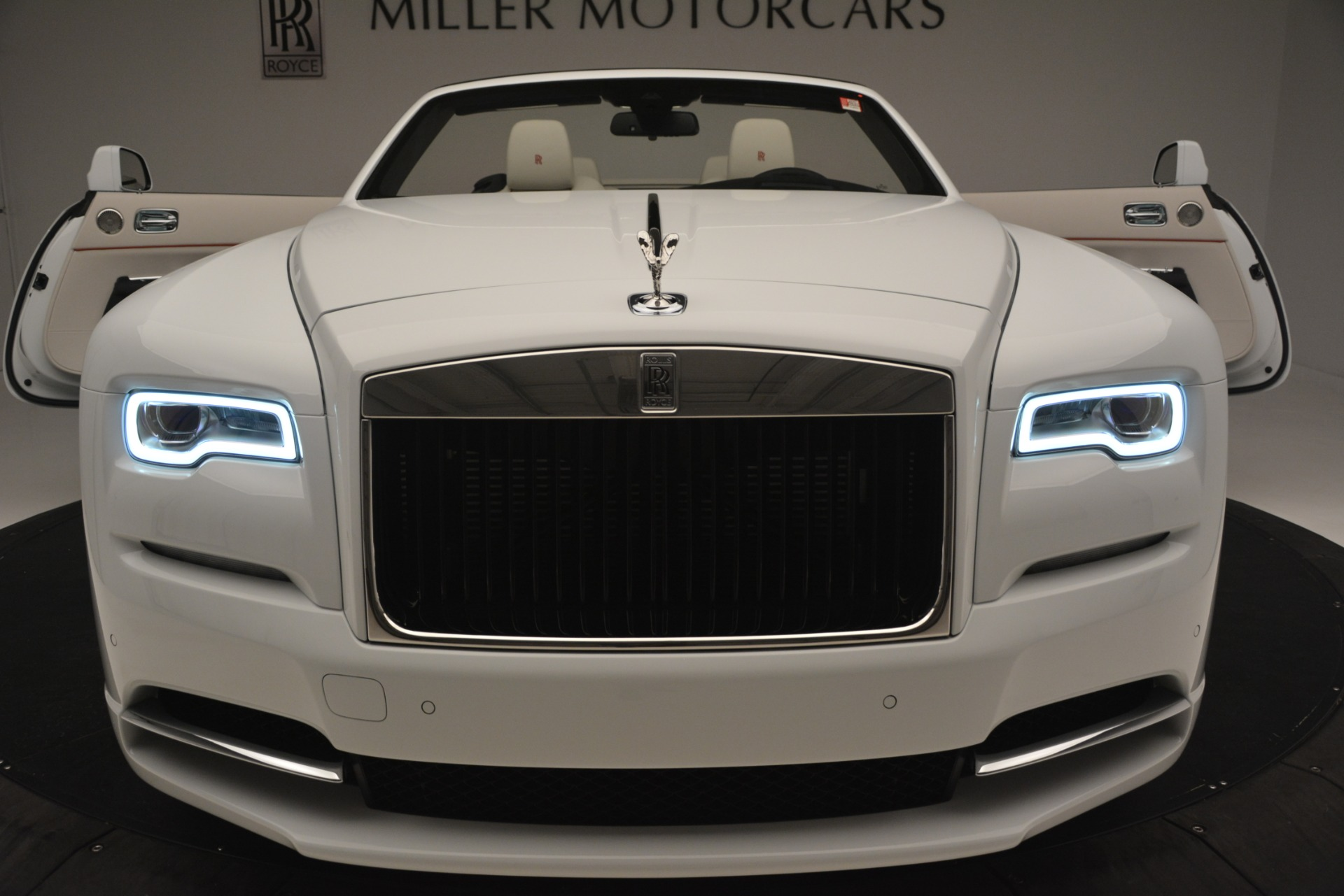 New 2019 Rolls-Royce Dawn  For Sale In Greenwich, CT 2699_p53