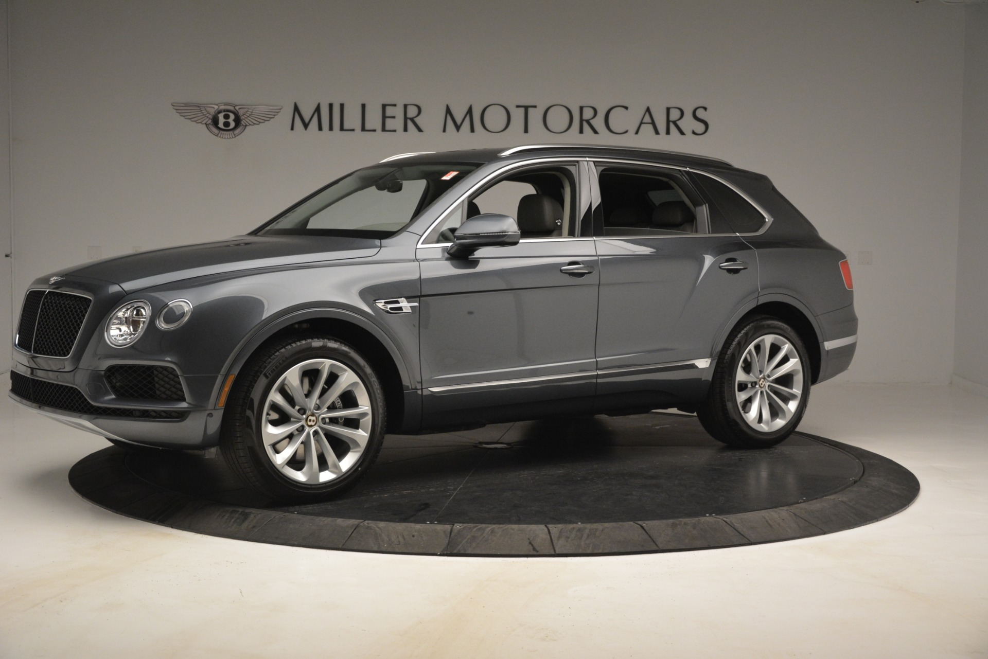 New 2019 Bentley Bentayga V8 For Sale In Greenwich, CT 2700_p2