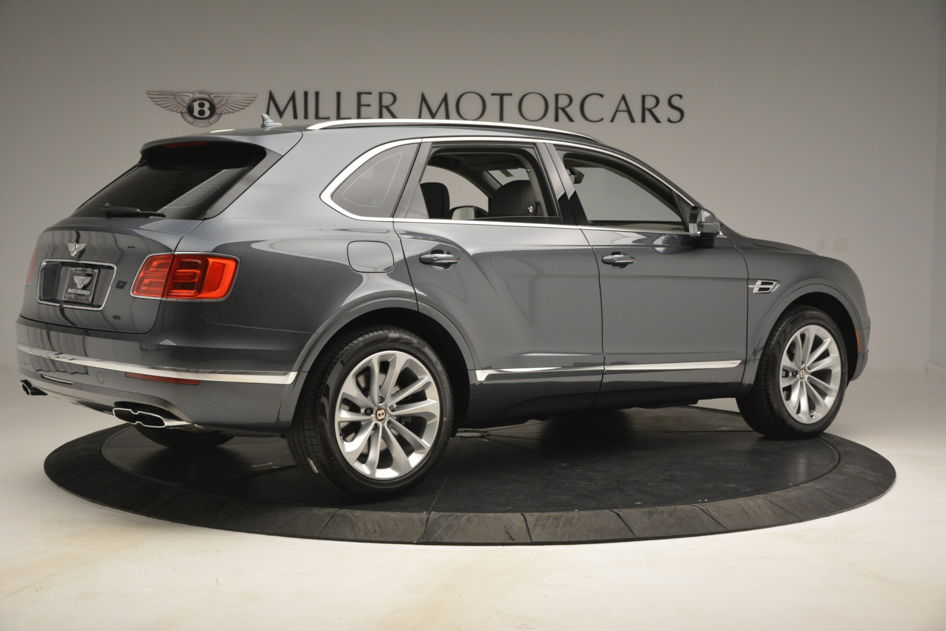New 2019 Bentley Bentayga V8 For Sale In Greenwich, CT 2700_p8