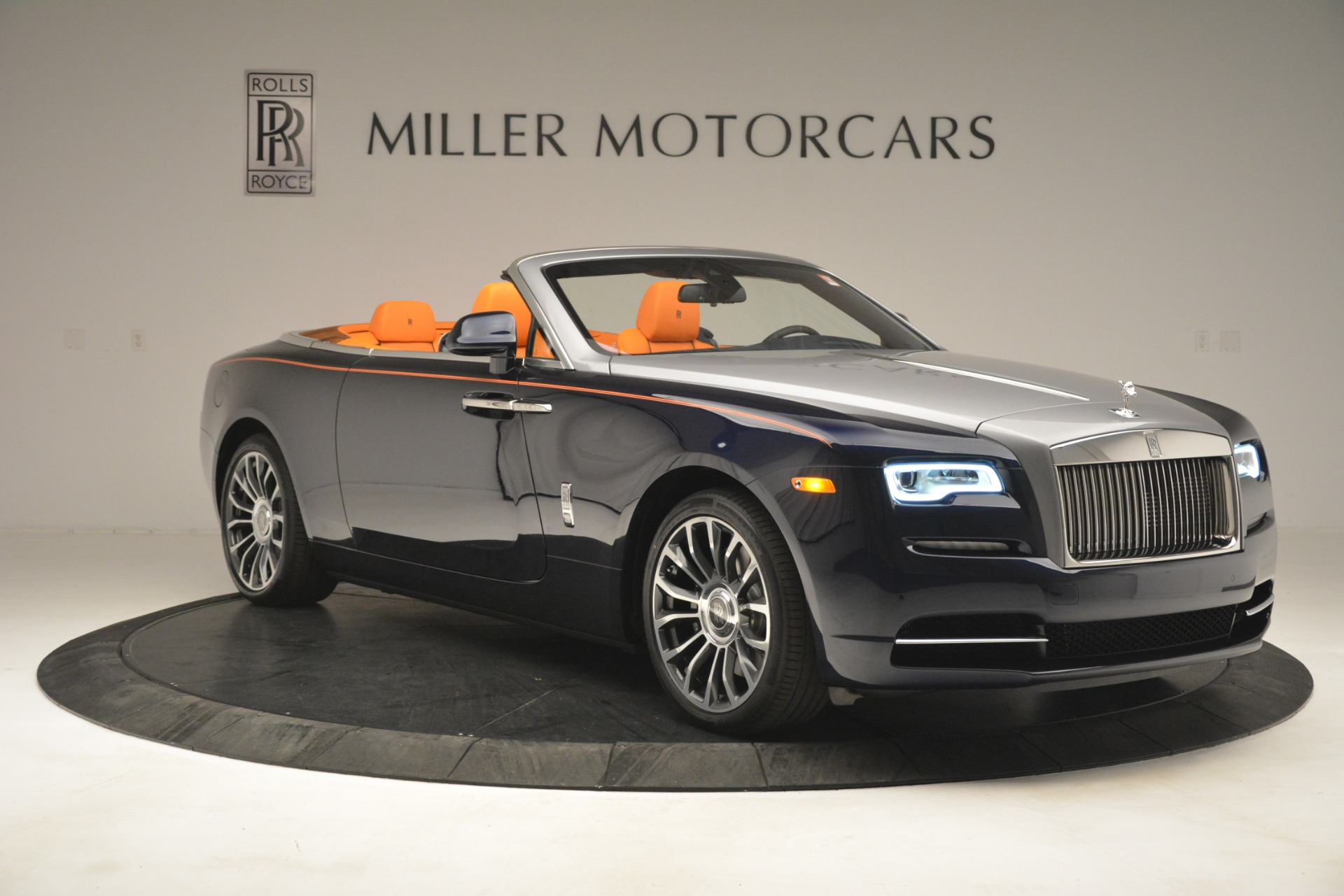 New 2019 Rolls-Royce Dawn  For Sale In Greenwich, CT 2701_p12