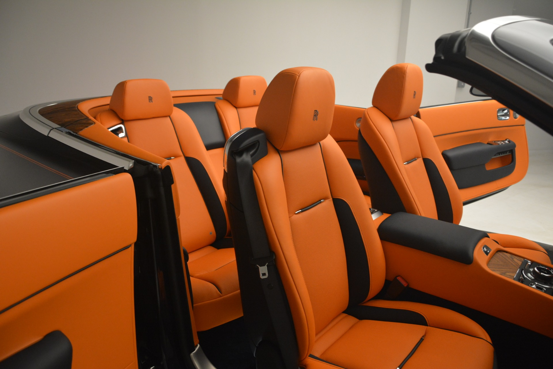 New 2019 Rolls-Royce Dawn  For Sale In Greenwich, CT 2701_p16