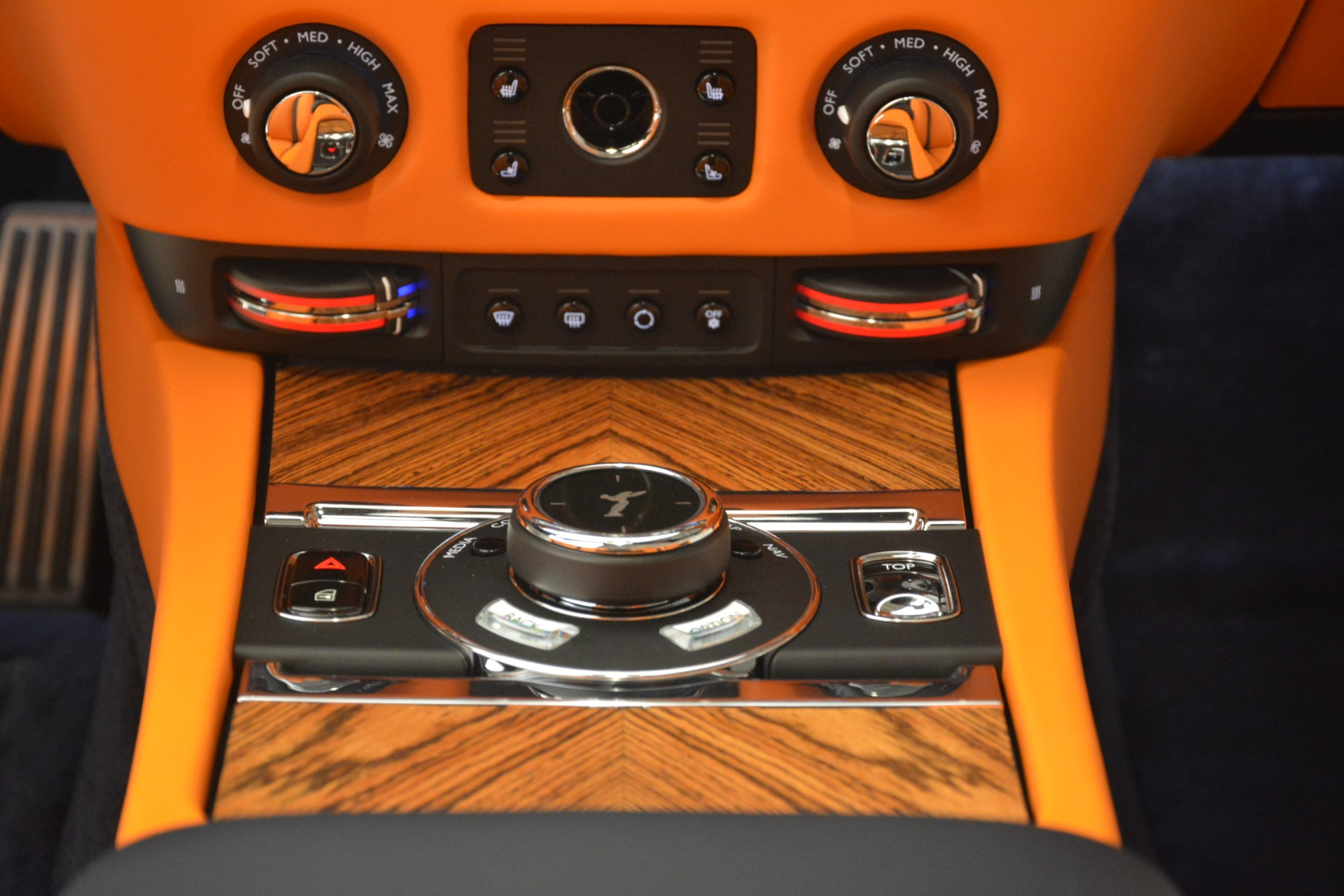 New 2019 Rolls-Royce Dawn  For Sale In Greenwich, CT 2701_p28