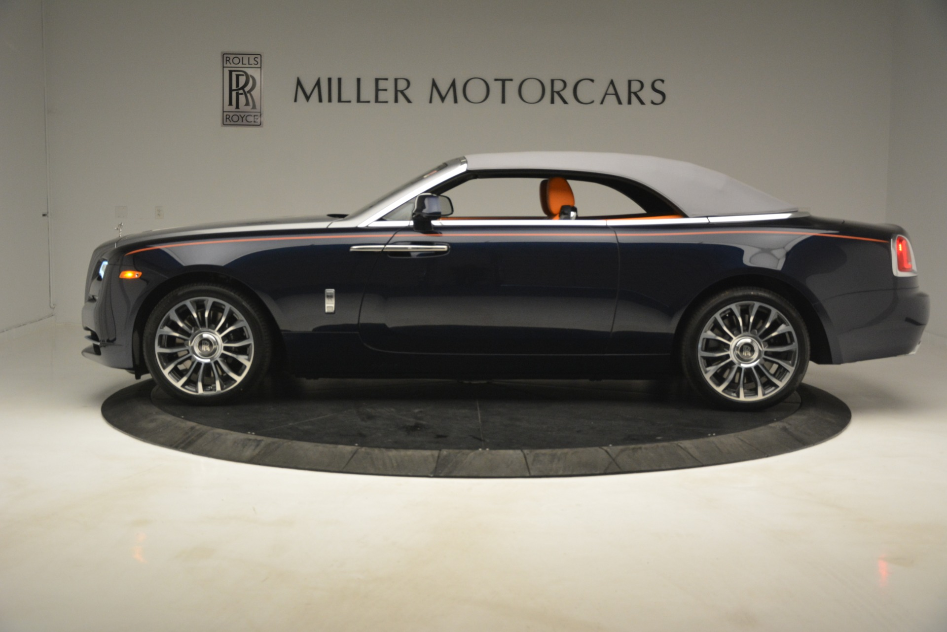 New 2019 Rolls-Royce Dawn  For Sale In Greenwich, CT 2701_p38