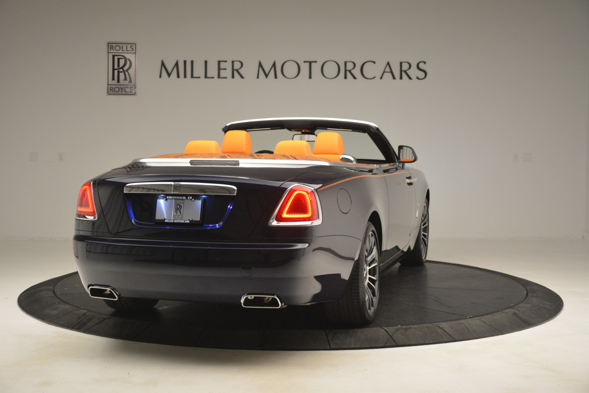 New 2019 Rolls-Royce Dawn  For Sale In Greenwich, CT 2701_p8