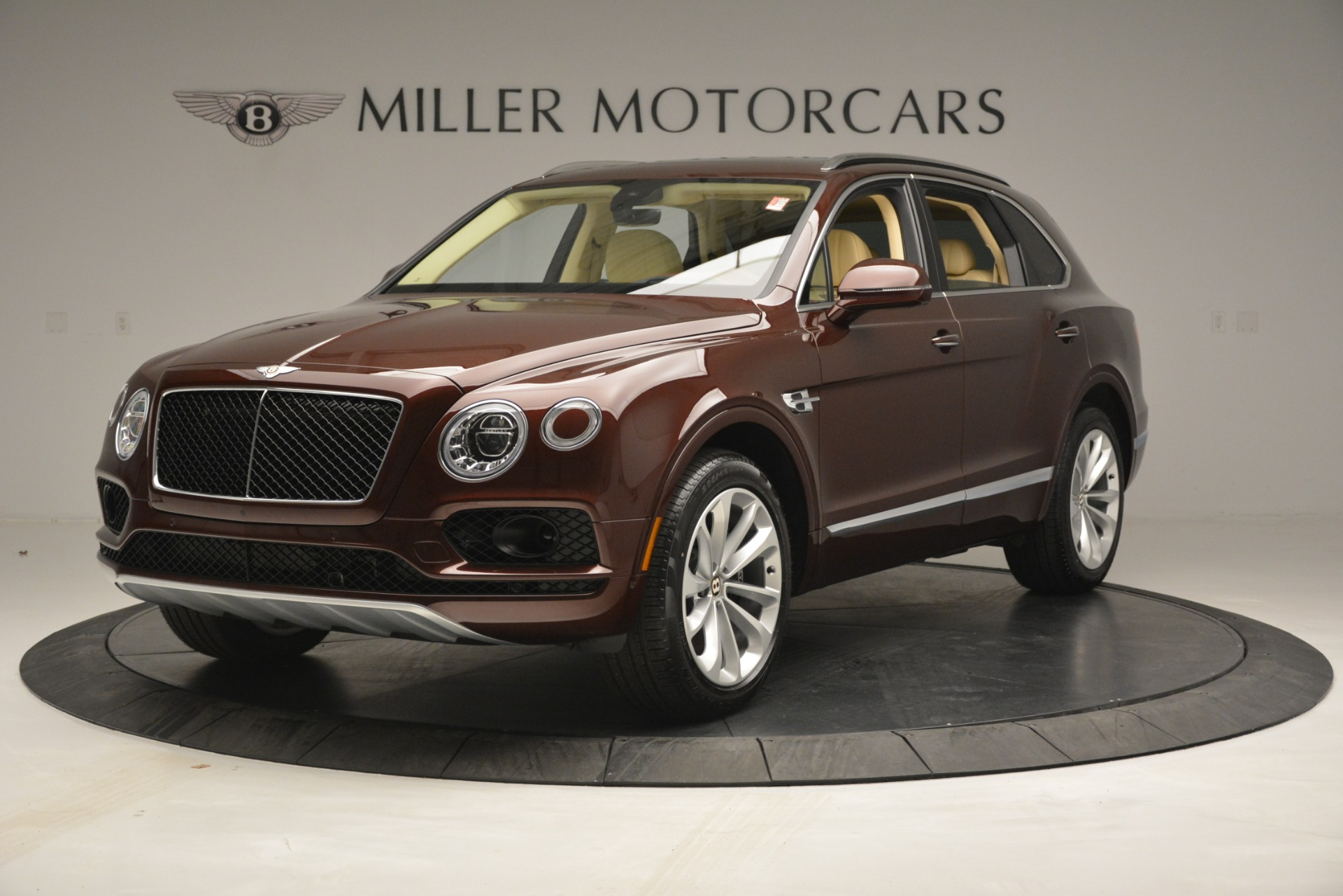 New 2019 Bentley Bentayga V8 For Sale In Greenwich, CT 2702_main