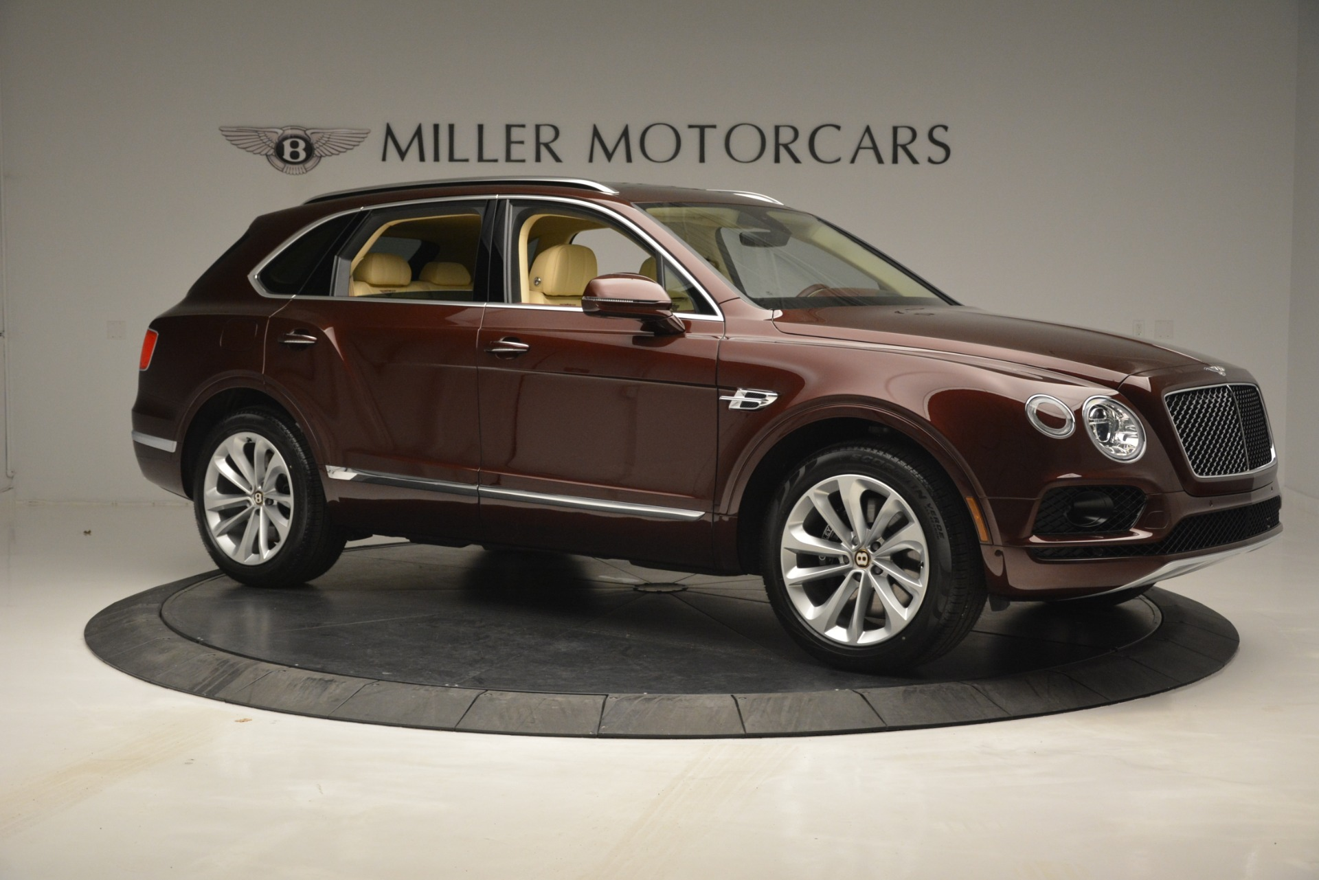 New 2019 Bentley Bentayga V8 For Sale In Greenwich, CT 2702_p10