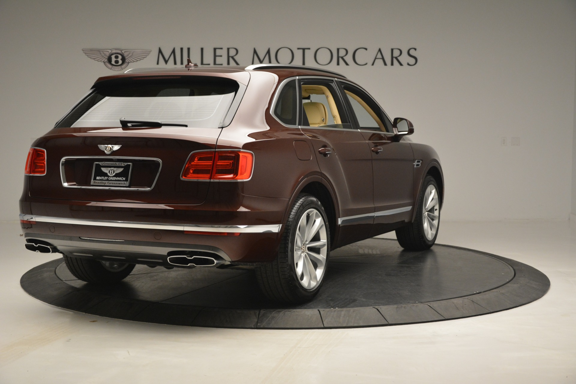 New 2019 Bentley Bentayga V8 For Sale In Greenwich, CT 2702_p7