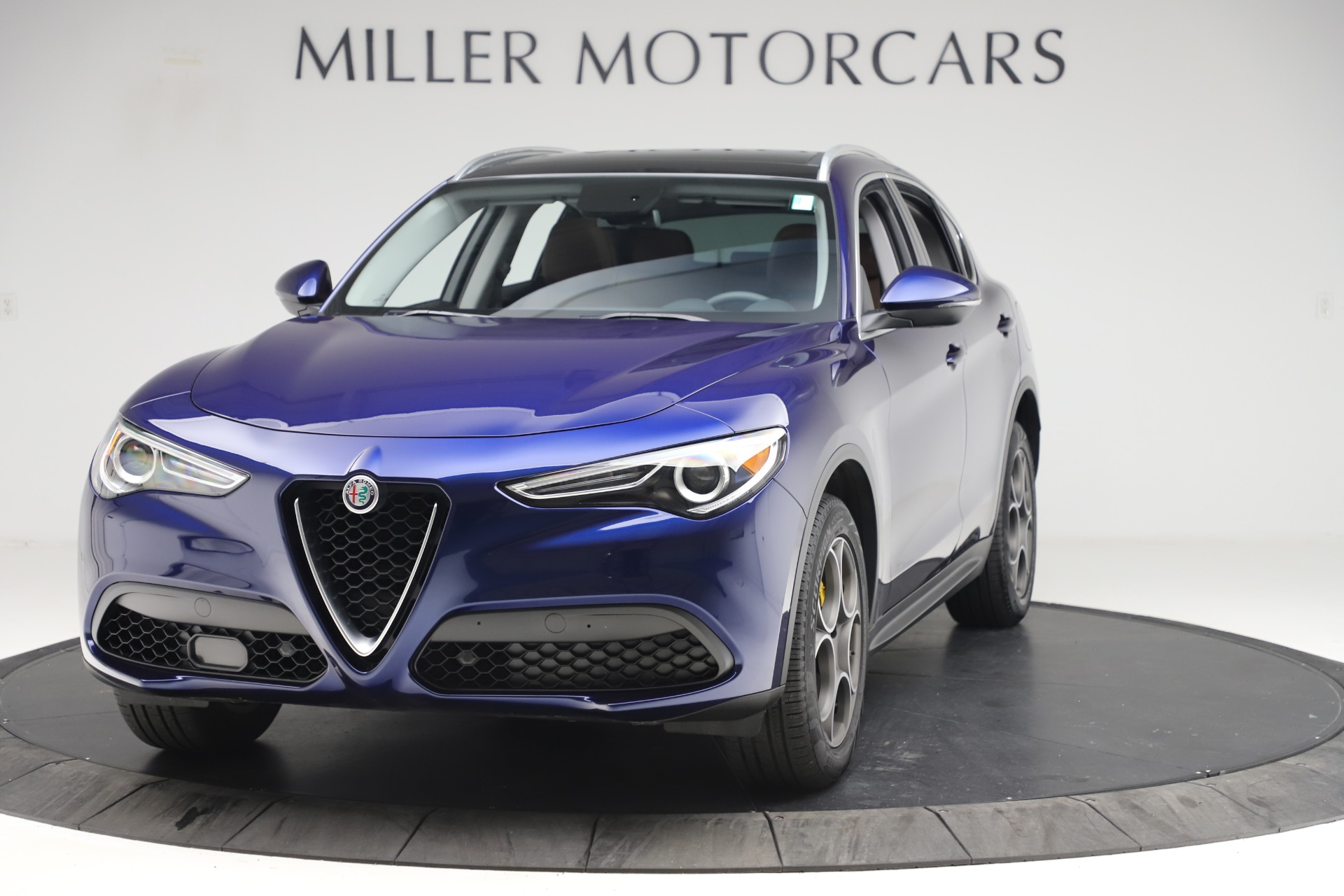 New 2019 Alfa Romeo Stelvio Q4 For Sale In Greenwich, CT 2707_main
