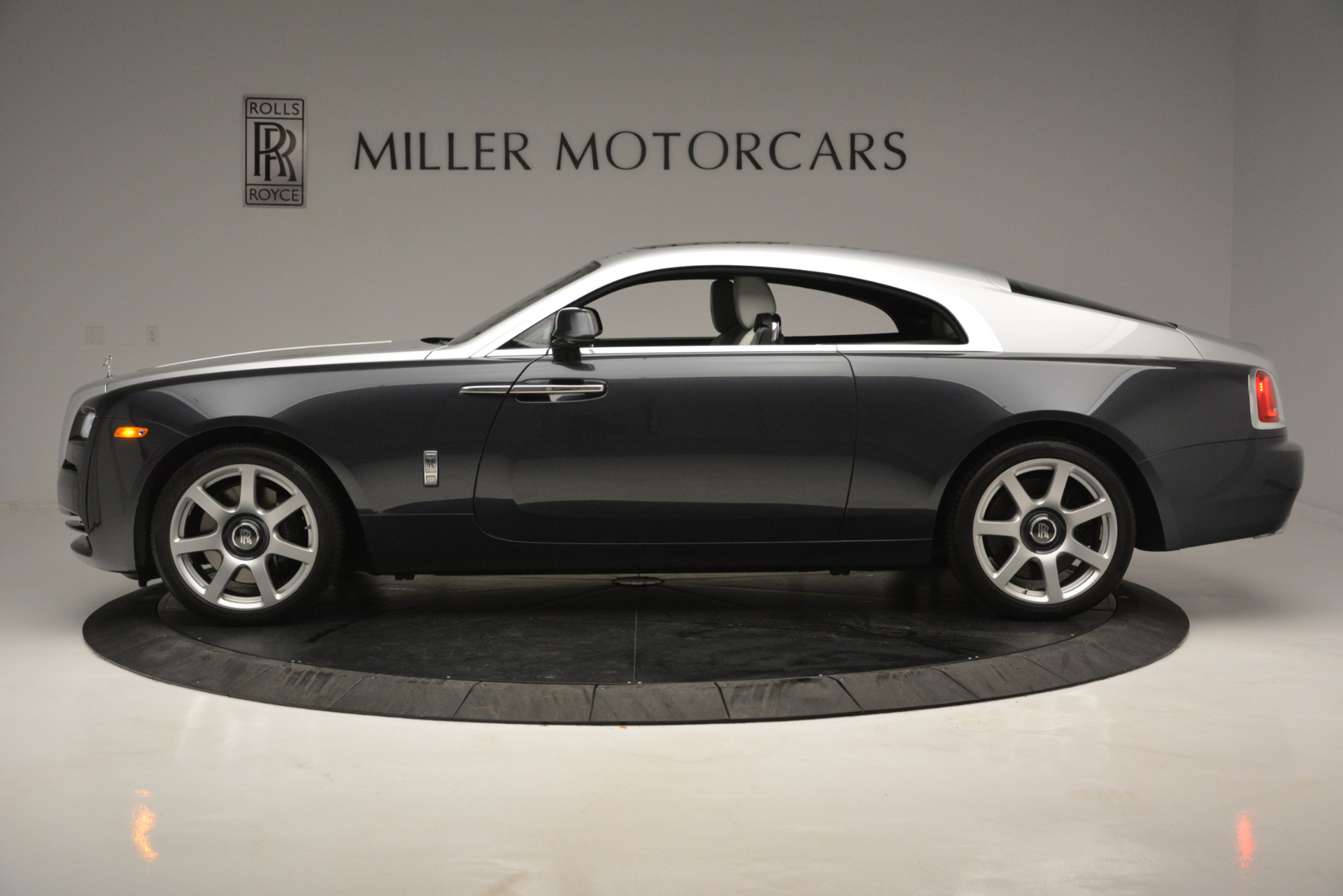Used 2015 Rolls-Royce Wraith  For Sale In Greenwich, CT 2716_p2
