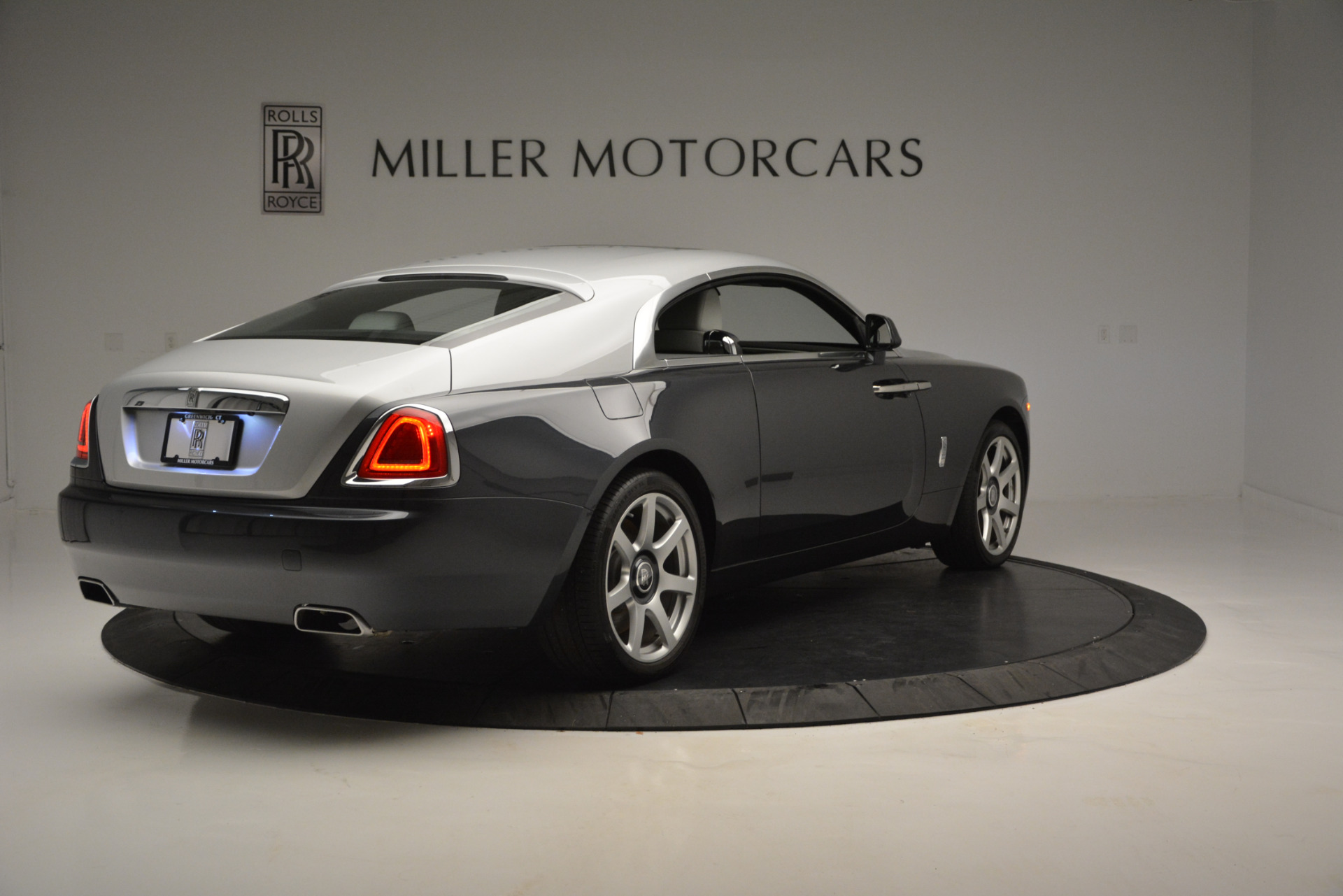 Used 2015 Rolls-Royce Wraith  For Sale In Greenwich, CT 2716_p5