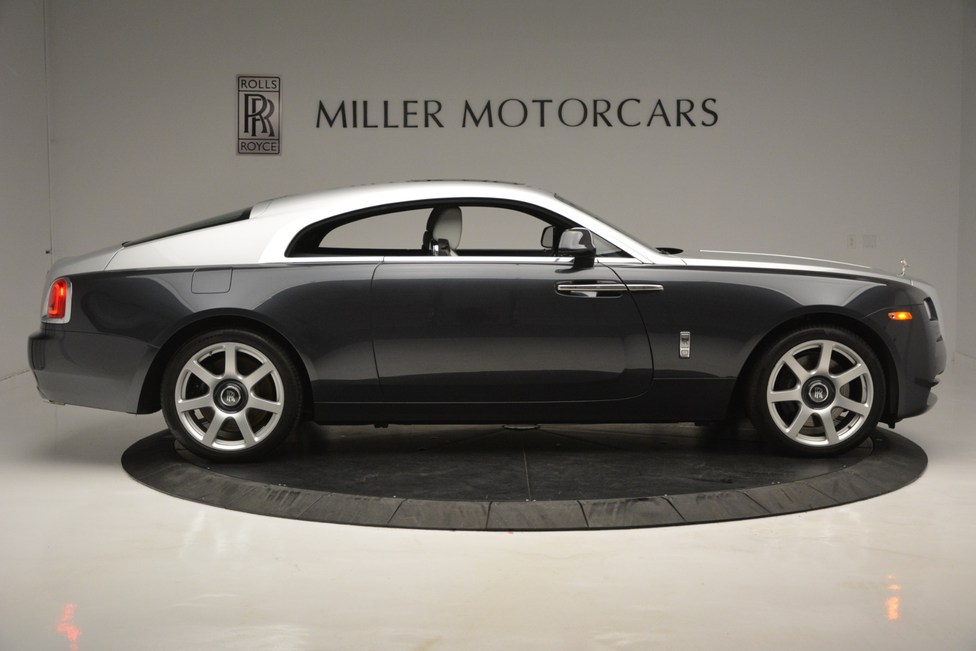 Used 2015 Rolls-Royce Wraith  For Sale In Greenwich, CT 2716_p6