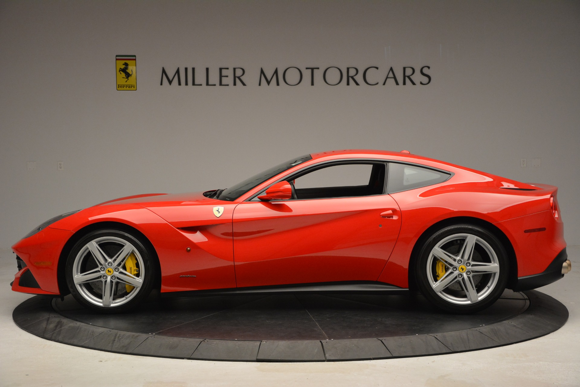Used 2015 Ferrari F12 Berlinetta  For Sale In Greenwich, CT 2717_p3