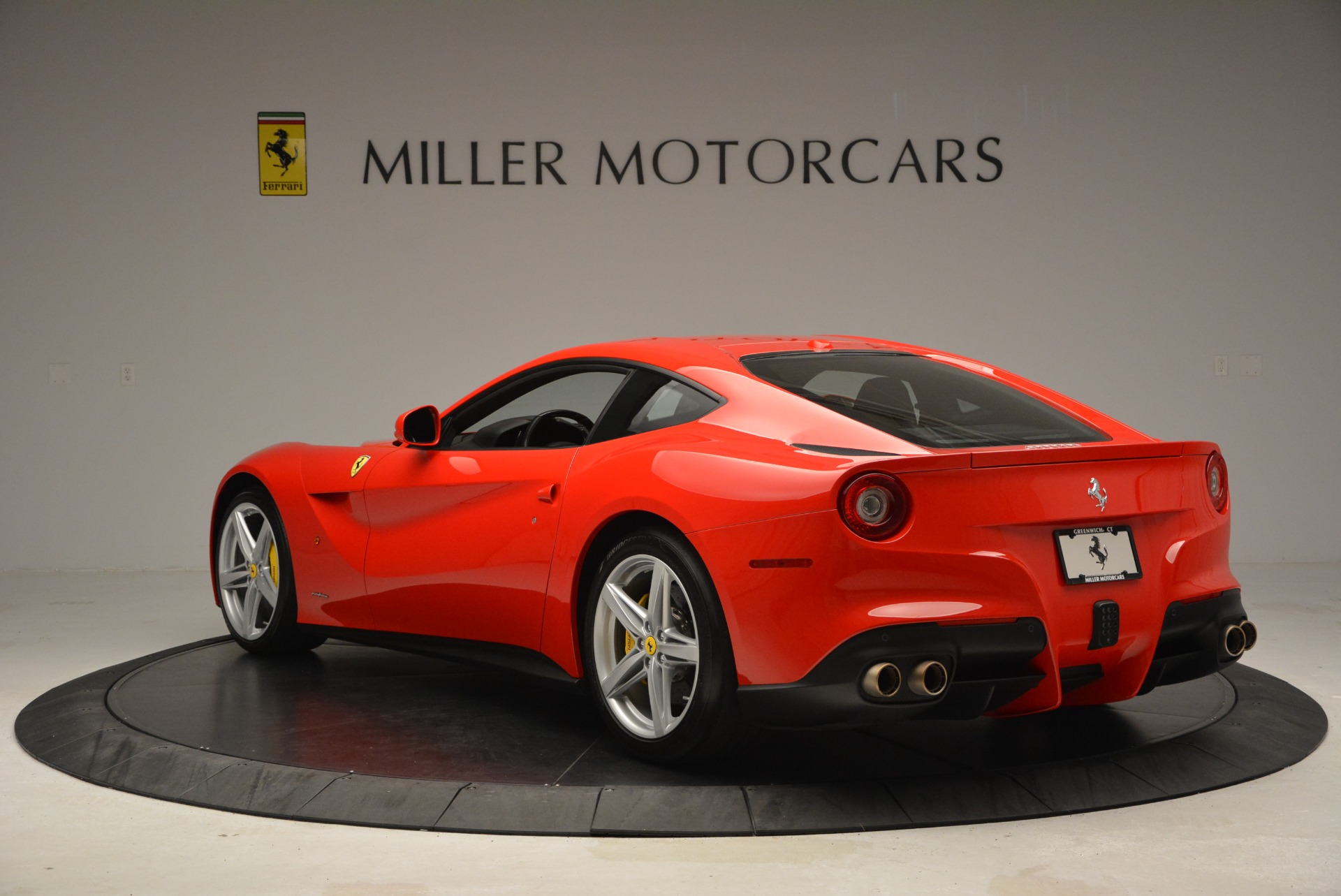 Used 2015 Ferrari F12 Berlinetta  For Sale In Greenwich, CT 2717_p5