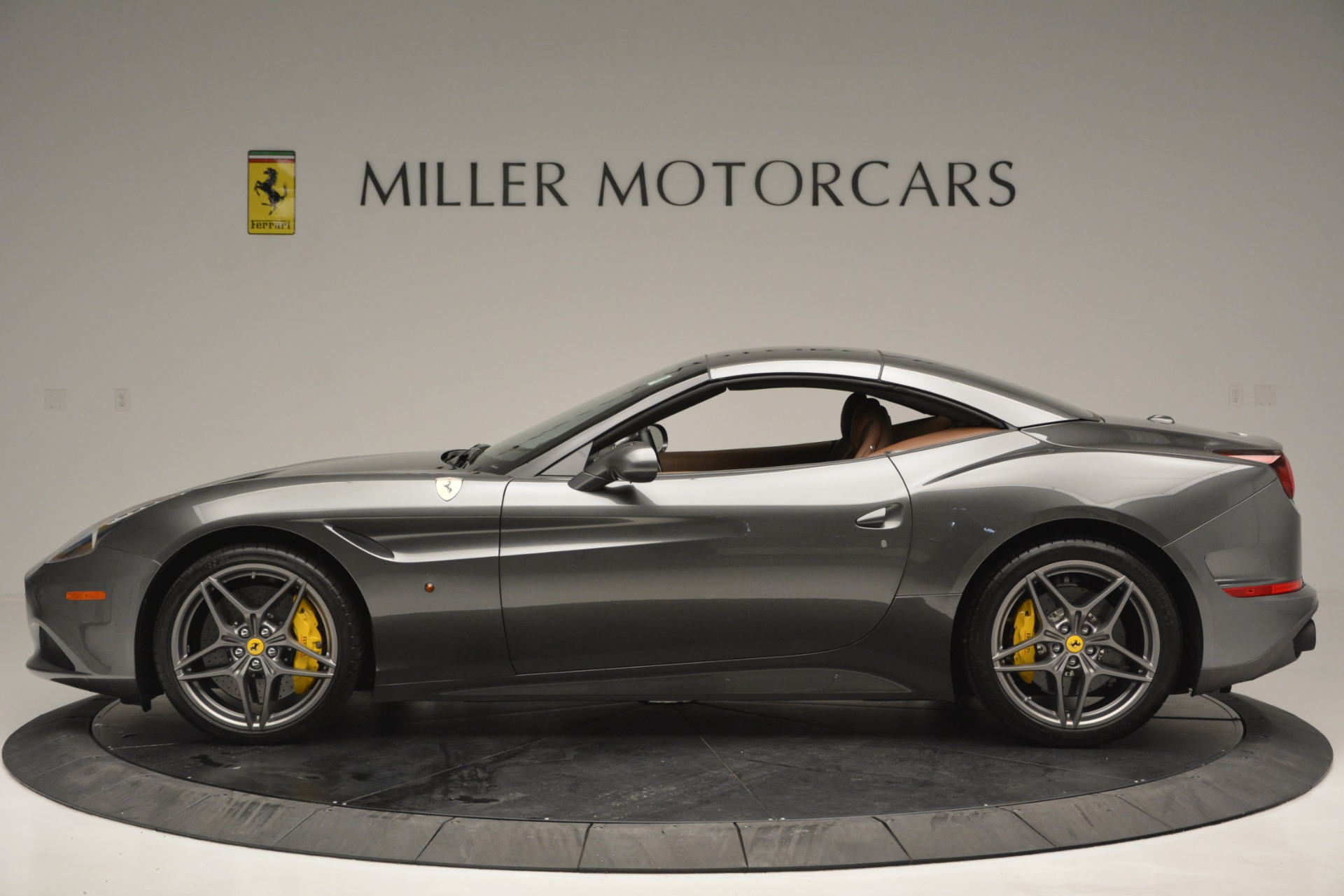 Used 2016 Ferrari California T Handling Speciale For Sale In Greenwich, CT 2721_p15
