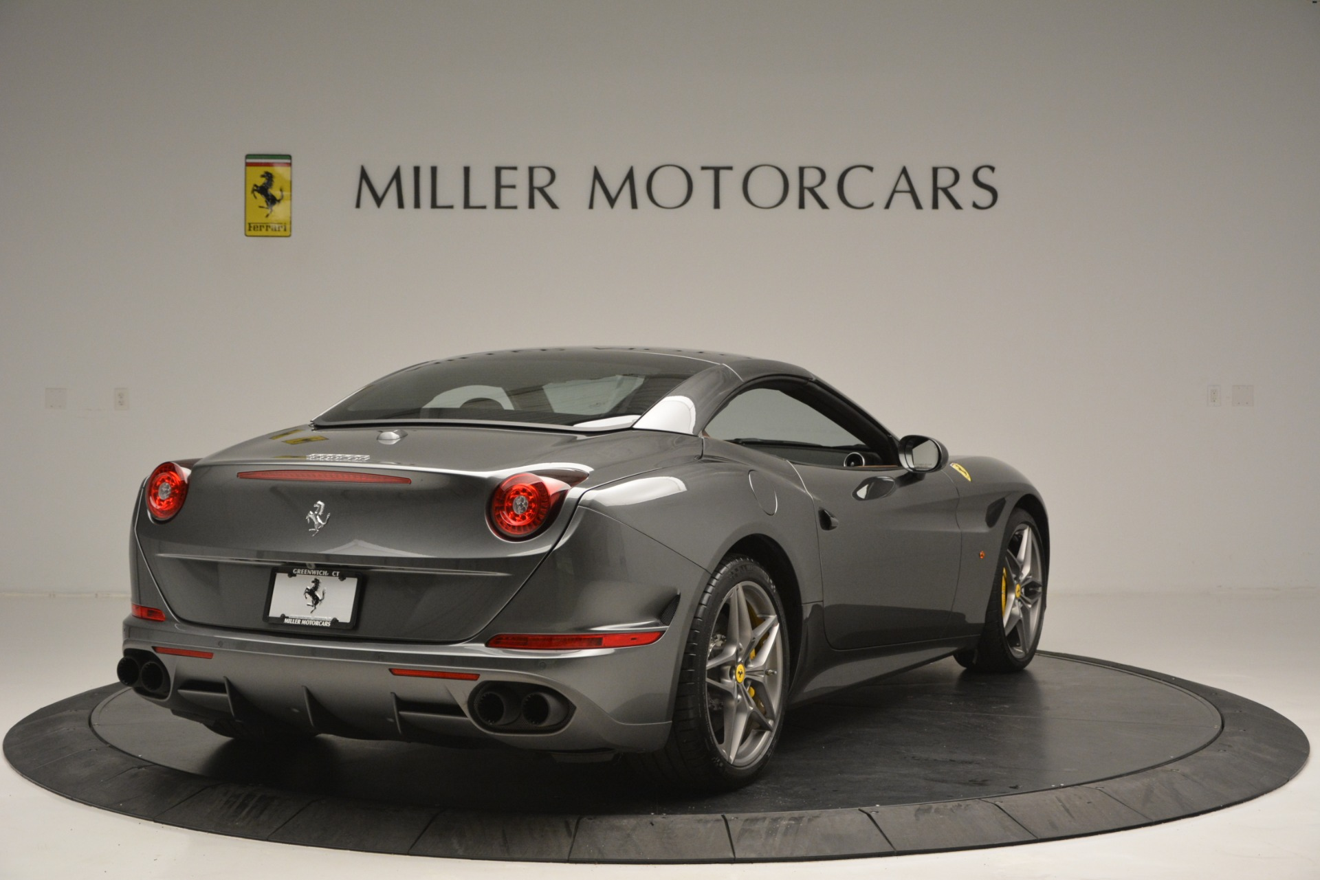 Used 2016 Ferrari California T Handling Speciale For Sale In Greenwich, CT 2721_p19