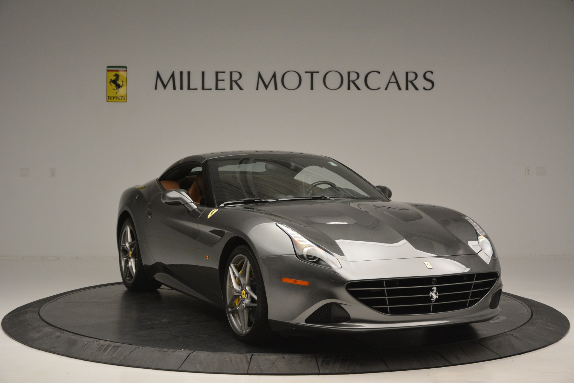 Used 2016 Ferrari California T Handling Speciale For Sale In Greenwich, CT 2721_p23