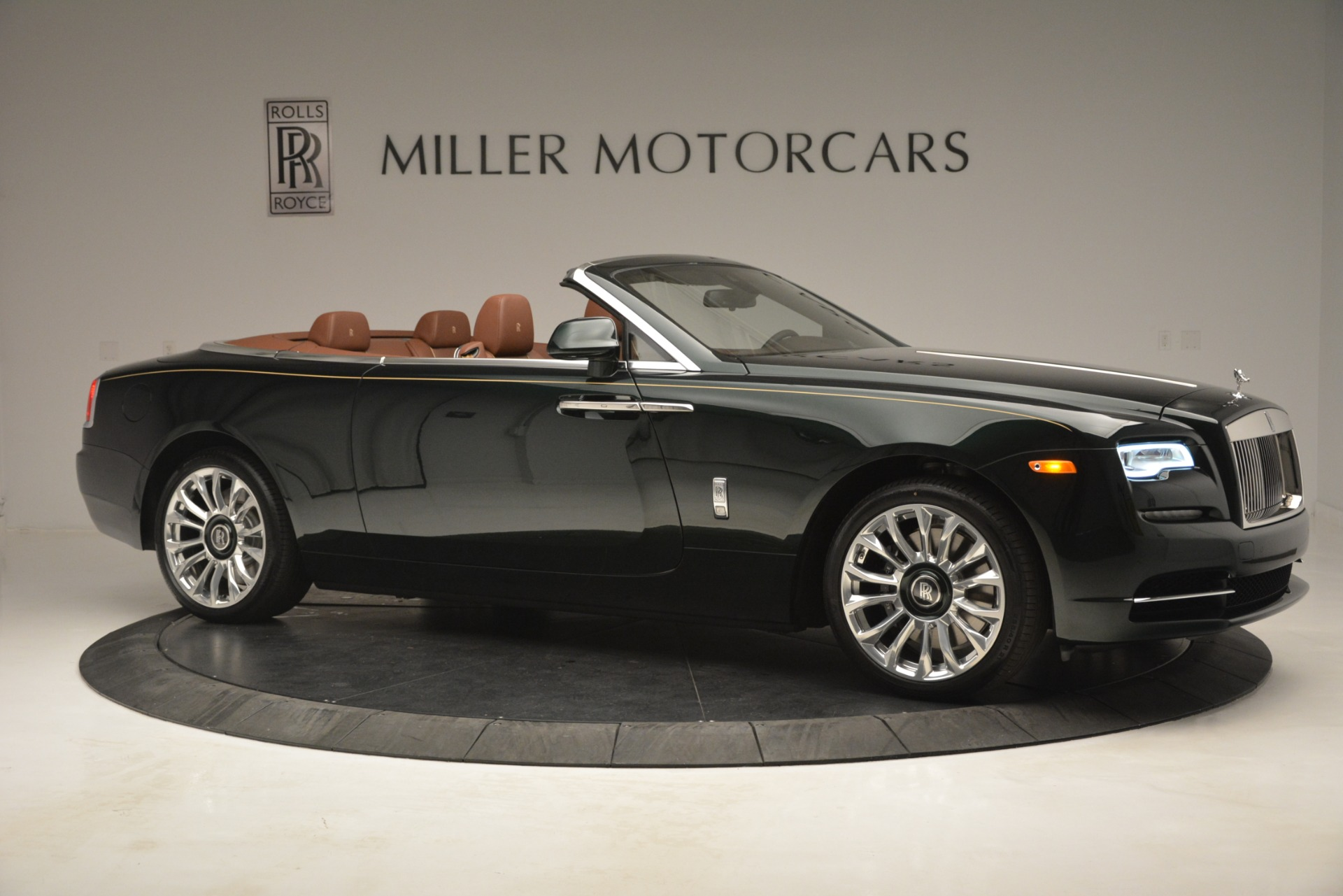 New 2019 Rolls-Royce Dawn  For Sale In Greenwich, CT 2722_p13